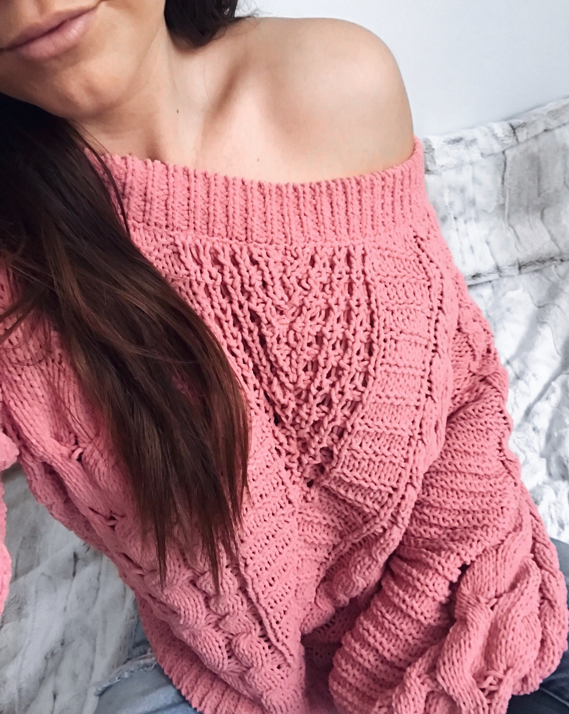 Weekend Sales + Free Shipping Day | Pine Barren Beauty | winter fashion, winter outfit idea, winter outfit inspiration, cozy sweater, sweater weather, off the shoulder sweater, chenille sweater, express sale