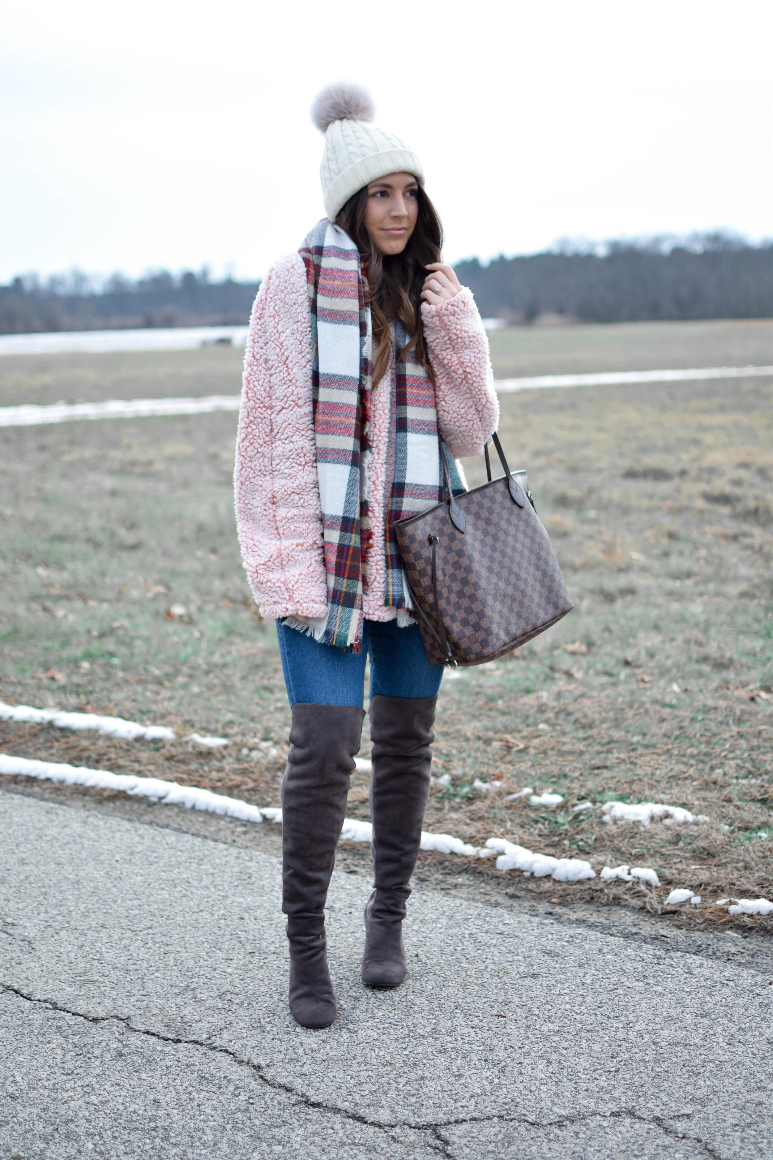 Blush Sherpa Pullover | Pine Barren Beauty | sherpa, fleece pullover, winter fashion, winter outfit idea, winter outfit inspiration, cozy outfit idea