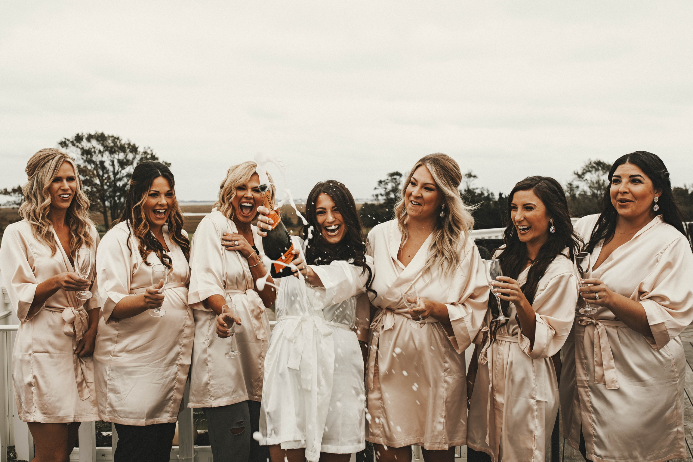 All of our Wedding Vendors: Reviewed | Pine Barren Beauty | wedding photos, wedding photography, wedding photography ideas, bridal party photos, bridal party champagne pop