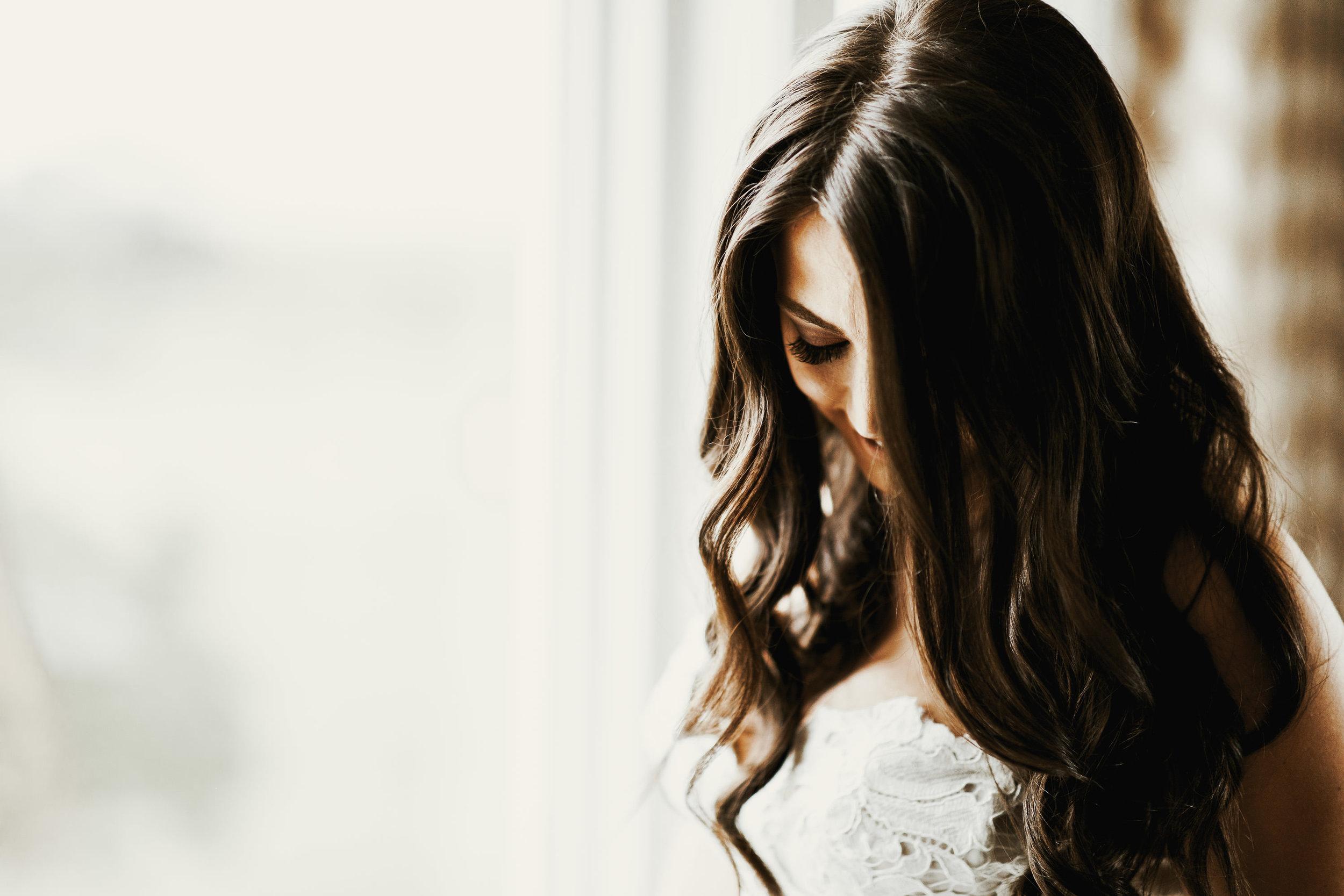 Hair:  Taffeta Hair & Makeup Design  / Makeup:  Studio 21 Beauty Bar