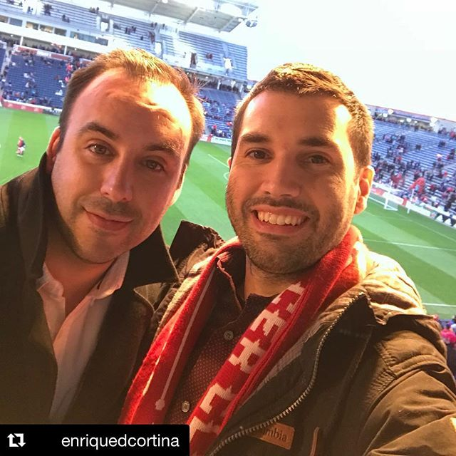 ⚽️ ALL DAY! Vamos por más de días como estos. Nos vemos pronto, Quiquich!!! 💪💪💪 . . #cf97 @chicagofire @enriquedcortina #soccermarketing #mls #mlssoccer #futbol #chicago