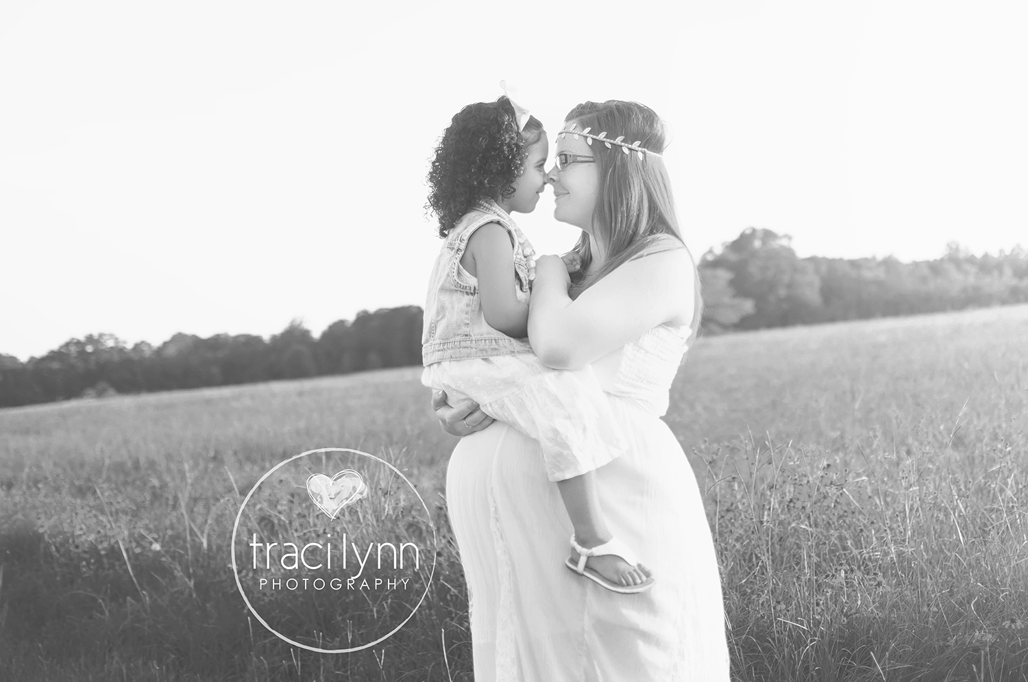 TLP Traci Lynn Photography Seven Points Cedar Creek Lake East Texas Children Wedding Portrait Newborn Birth Story Athens ETMC Photographer Photos Pics Pictures Studio Professional Family MaternityPregnant ( (23).jpg