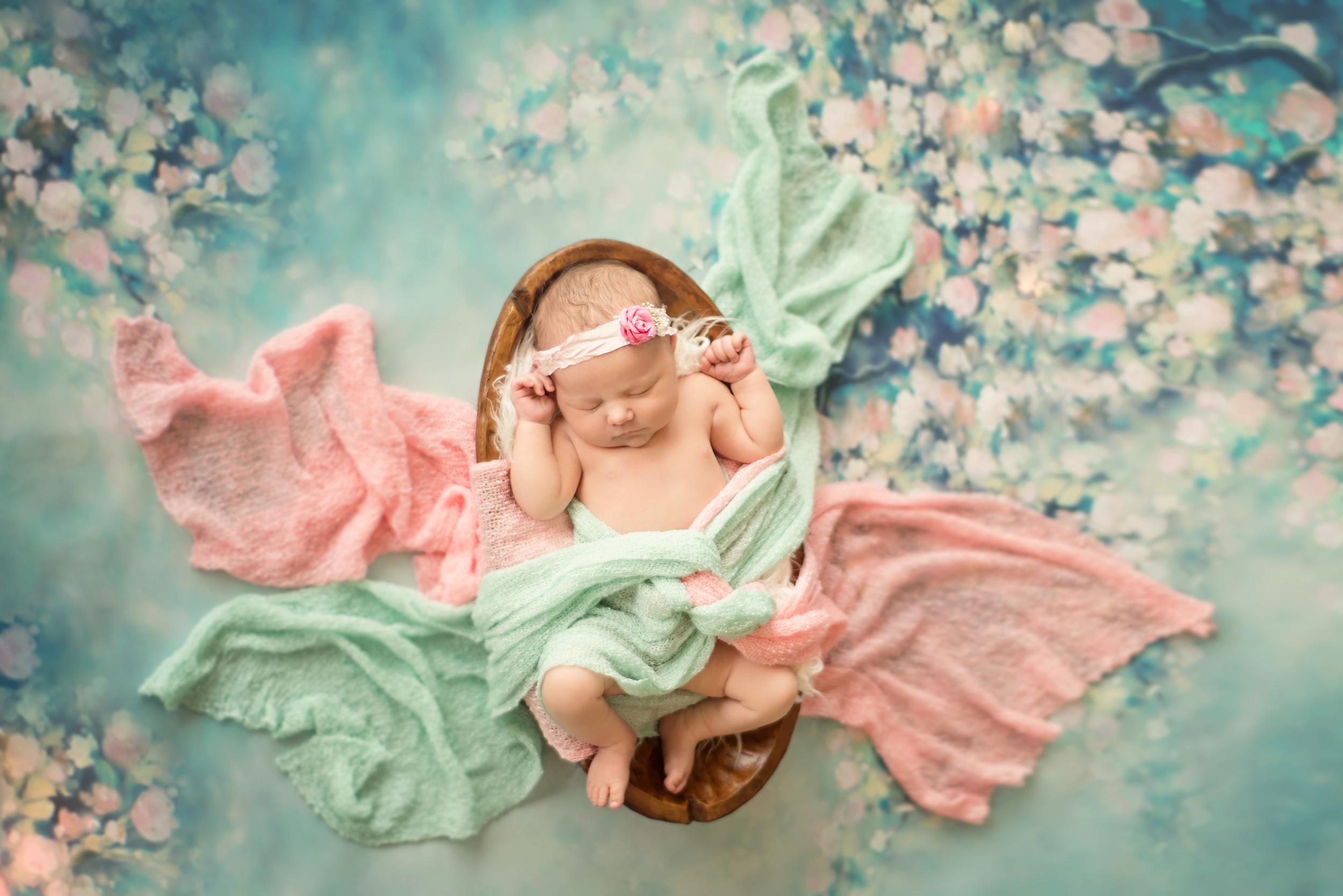Bella - Newborn 2016 (9).jpg