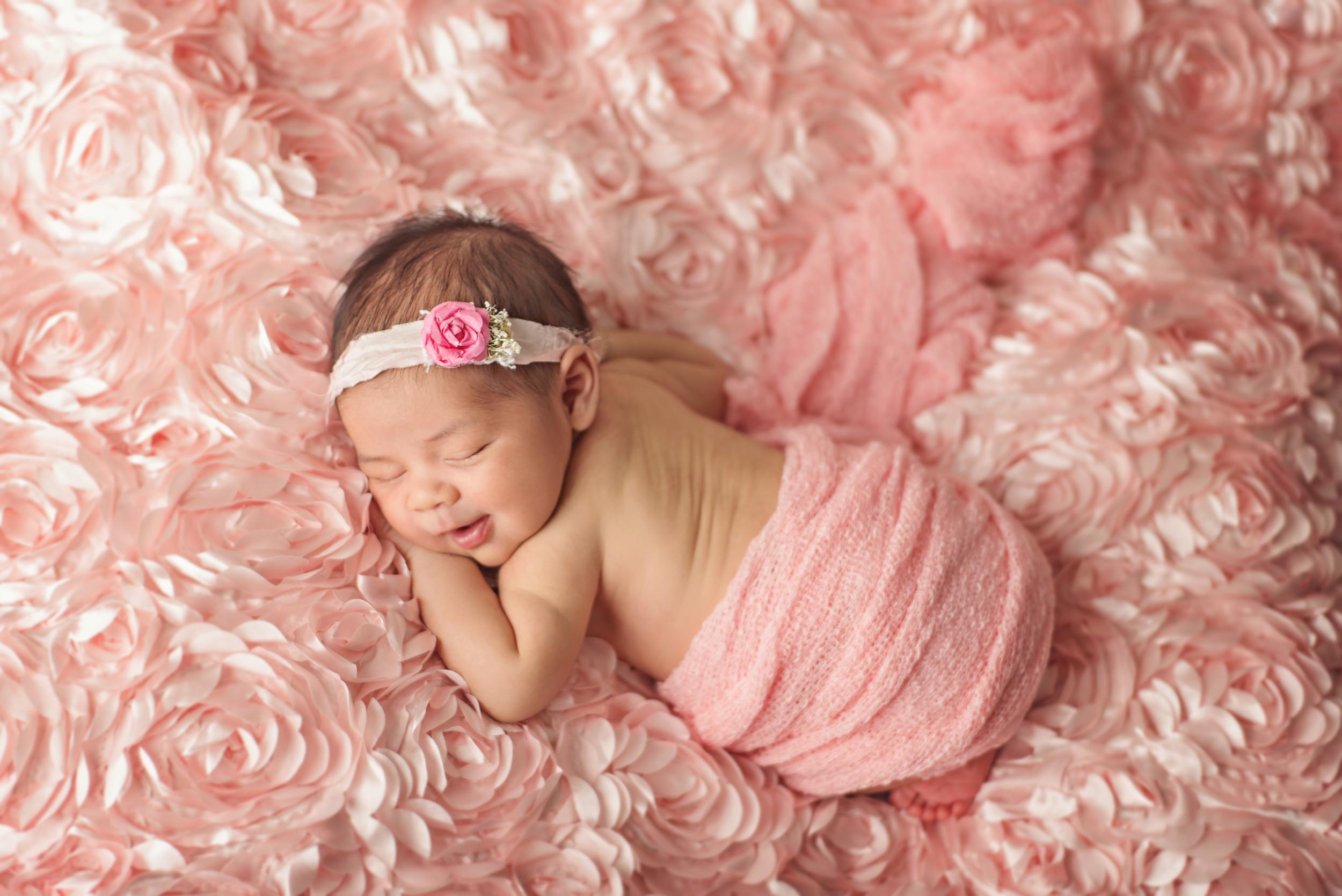 Leilani - Newborn 2016 (7).jpg