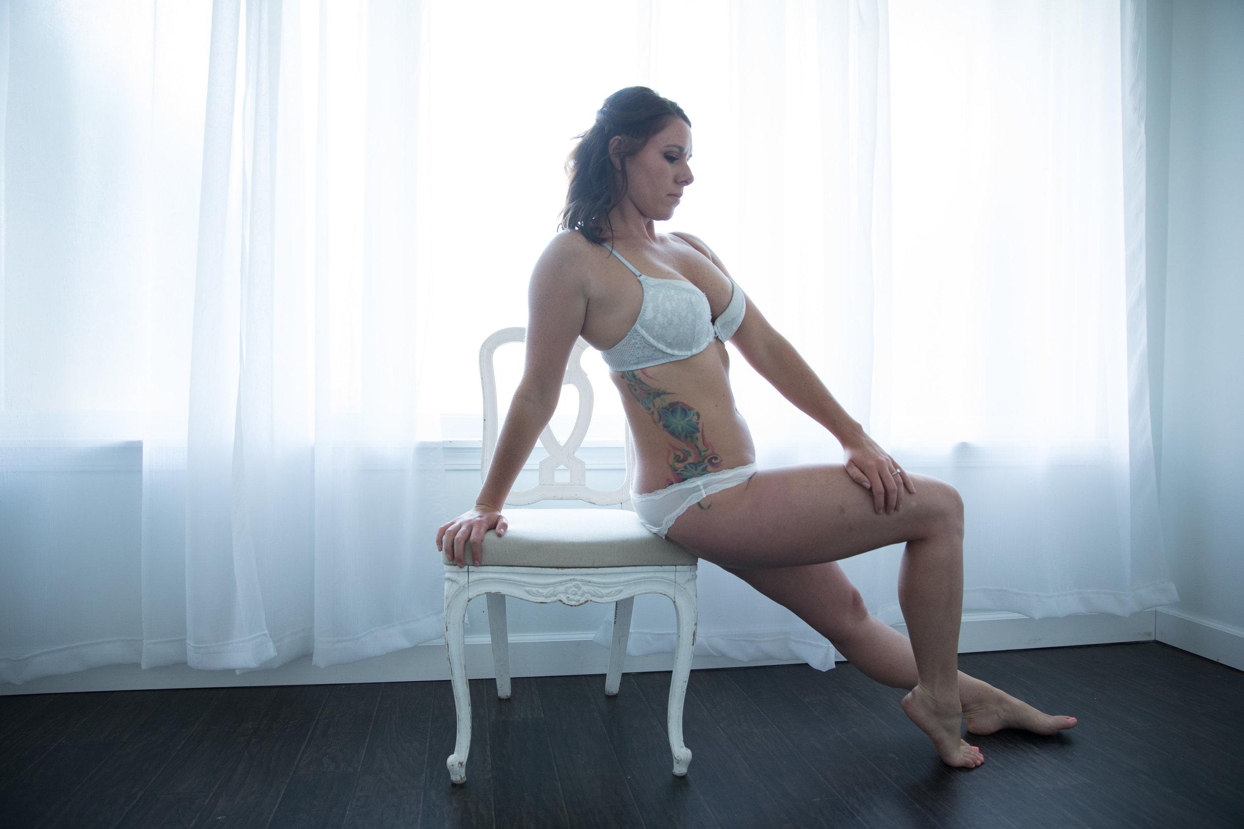 Liz Boudoir-1-8.jpg