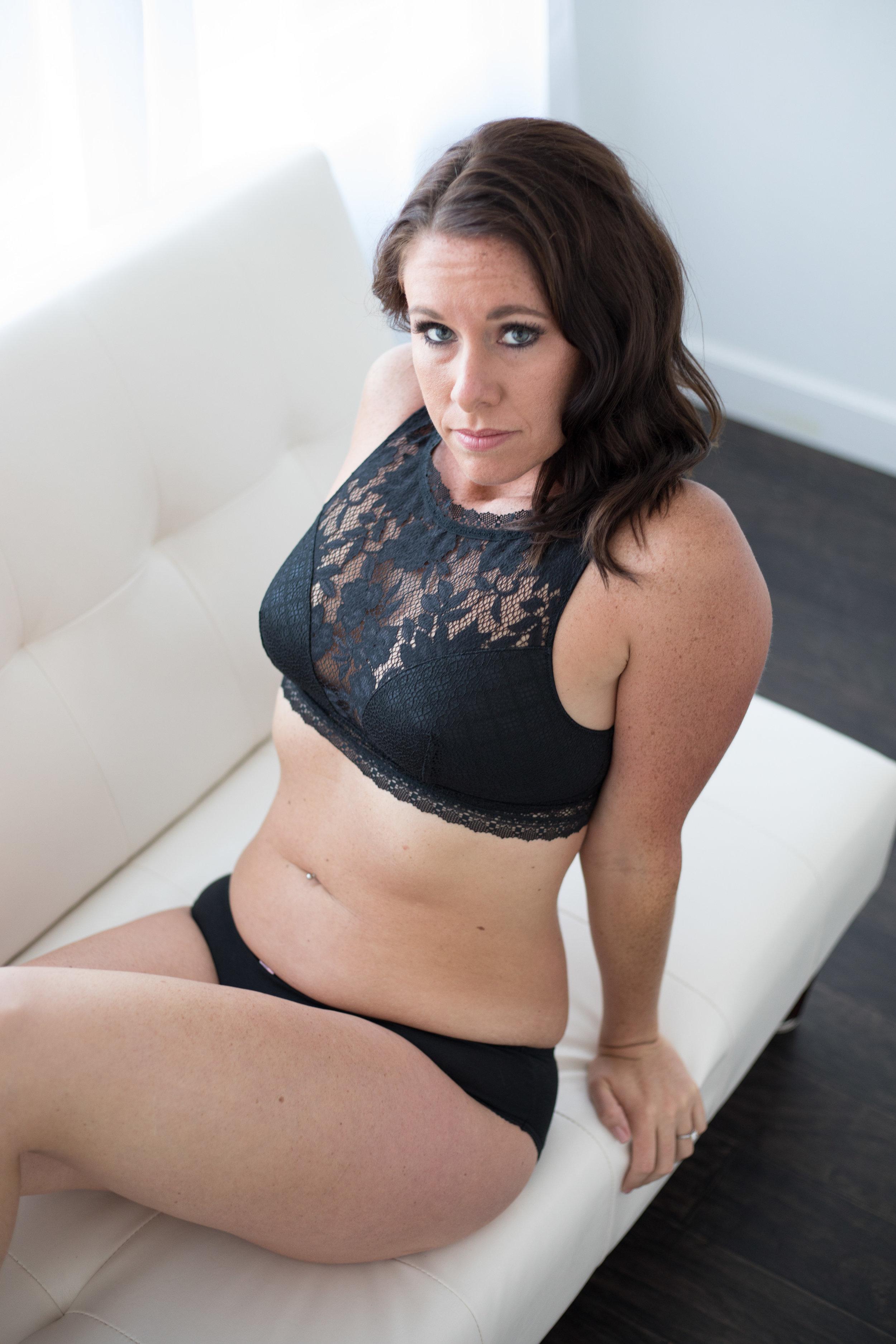 Liz Boudoir-1-5.jpg
