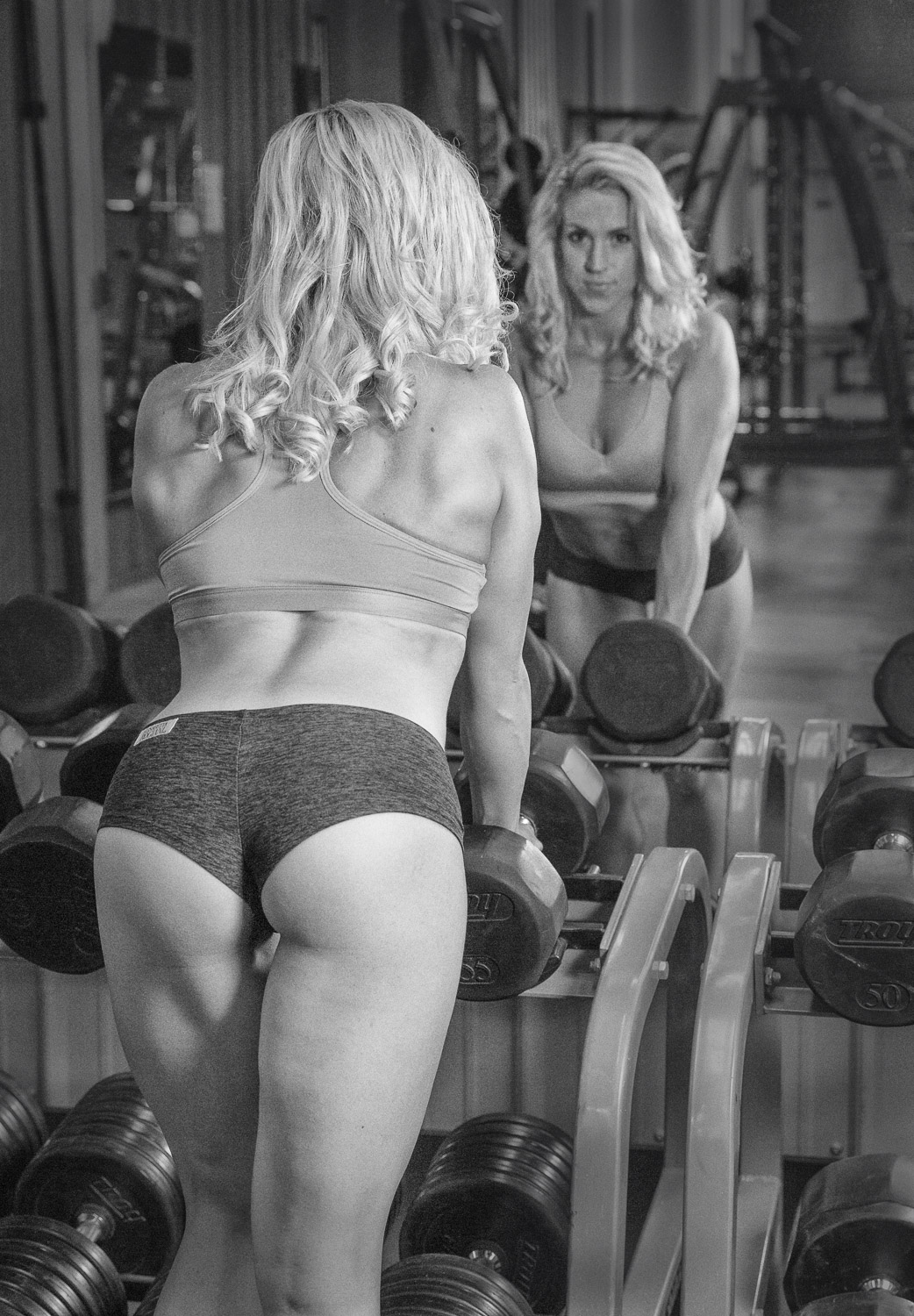 fitness_photography_gym_weights_mirror.jpg