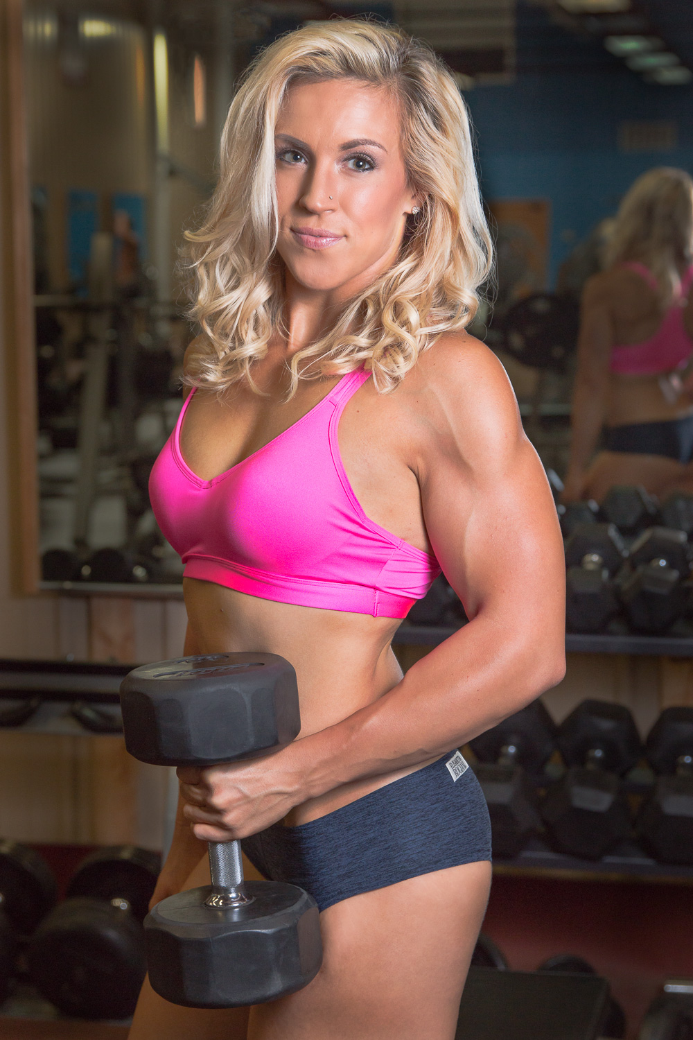 fitness_photography_gym_weights_pink_top.jpg