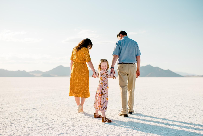 family_saltflats_cfairchildphotography-1.jpg