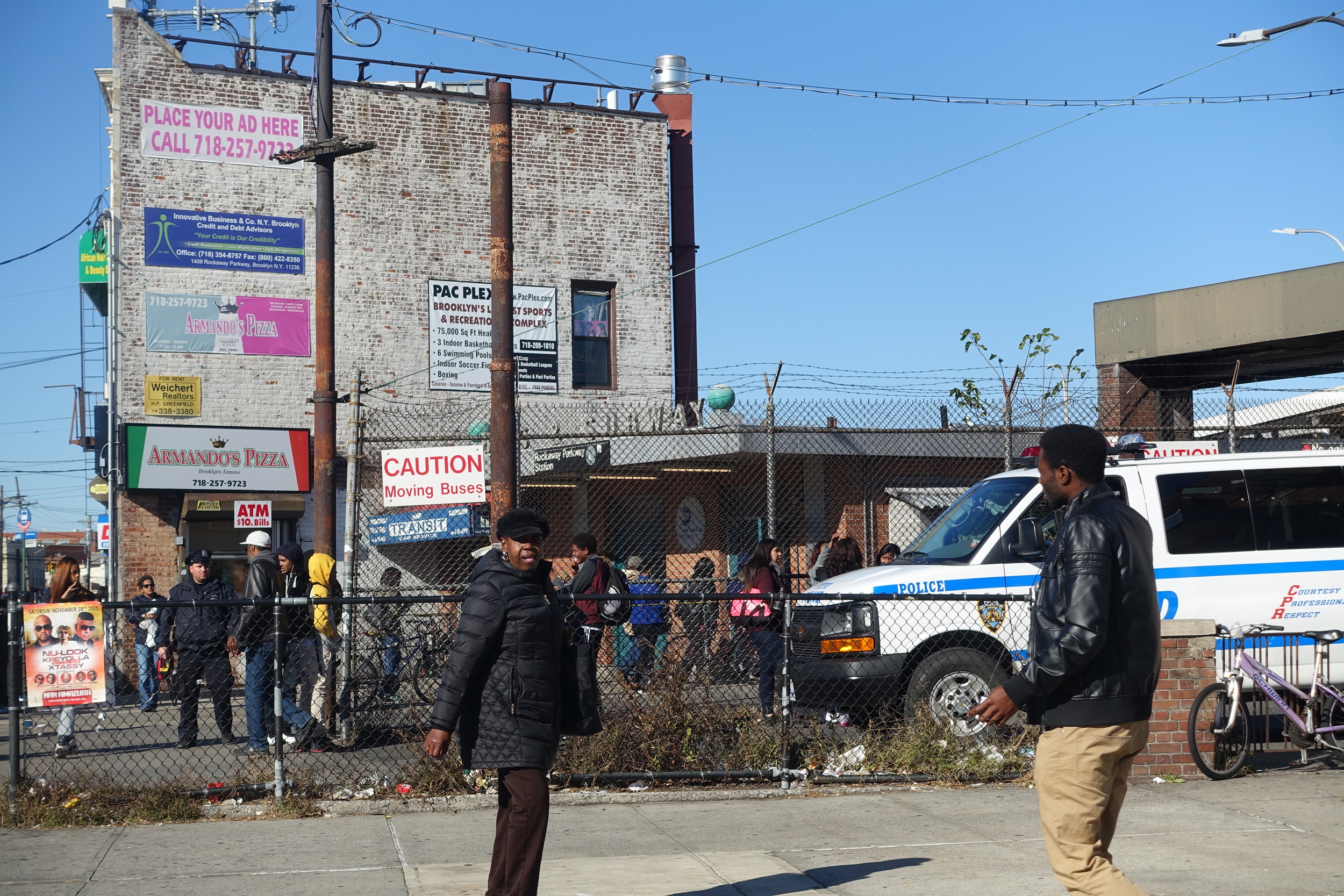 The main drag is lined with take-out restaurants, bodegas, laundromats and other basic necessity shops. It is a working class neighborhood like many urban areas has its rough patches.