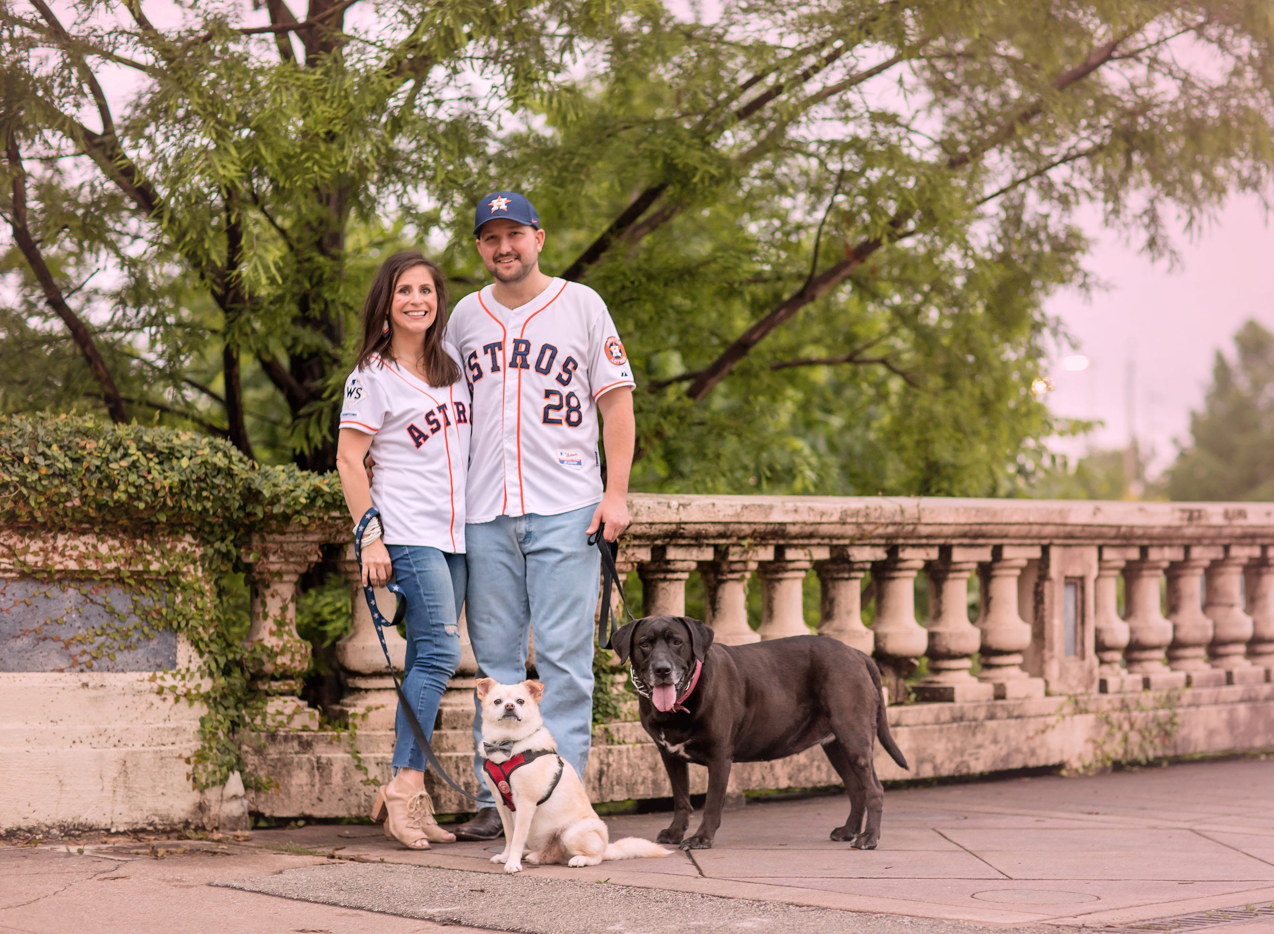 Downtownhoustonengagementwithdogs.jpg