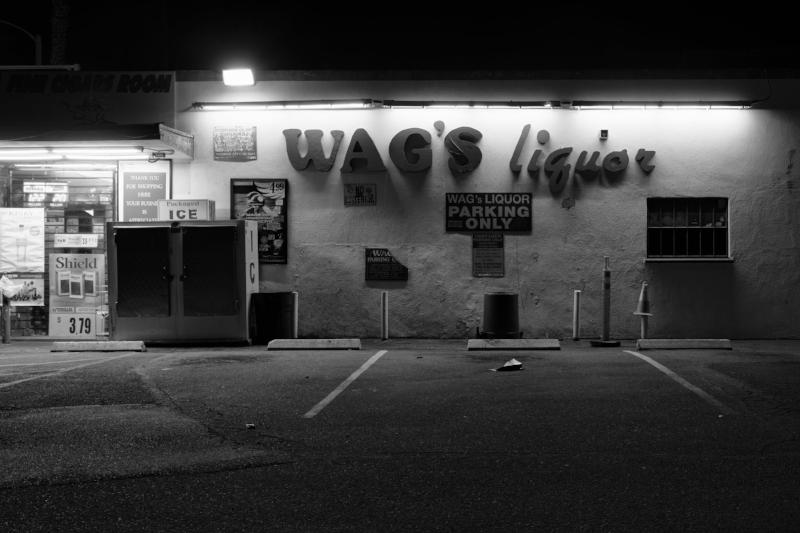 Wag's Liquor