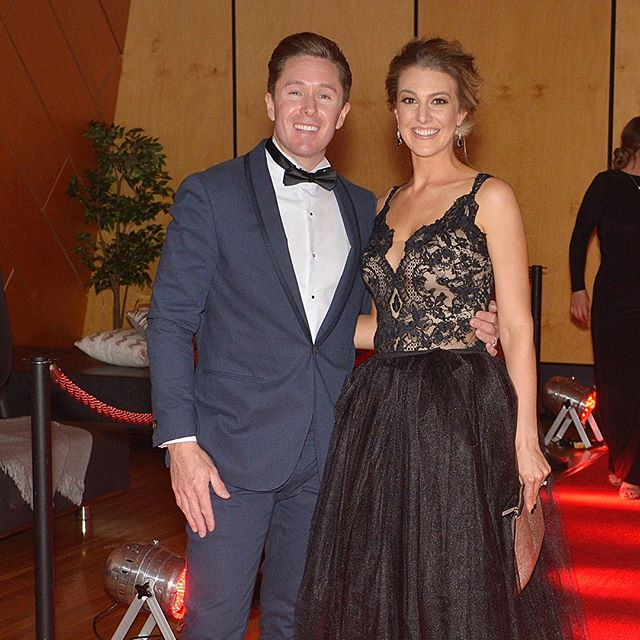 It was an amazing night at the Regional Platinum Hyundai Awards. Walking down the red carpet with my hot date! ❤️ #alldaieverydaiwa #Hyundai #racarena #awardsnight #alldressedup #perth #perthisok #wa #socialpages