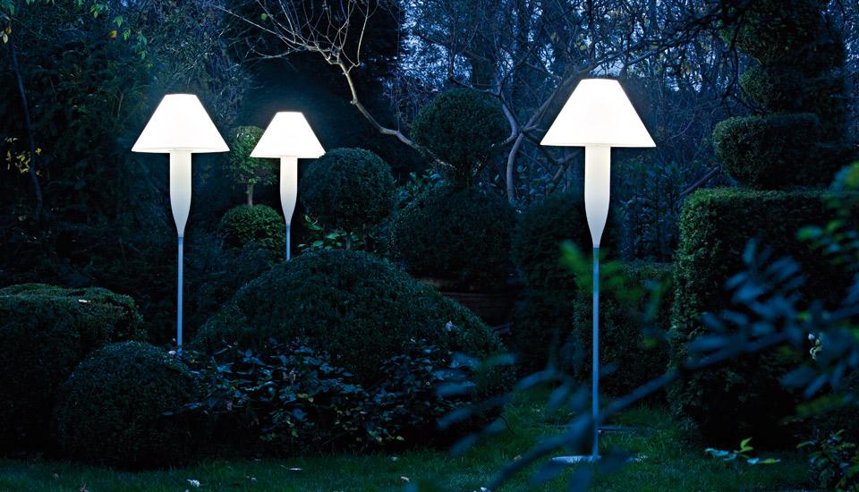 Bonheur floor lamp 3.png