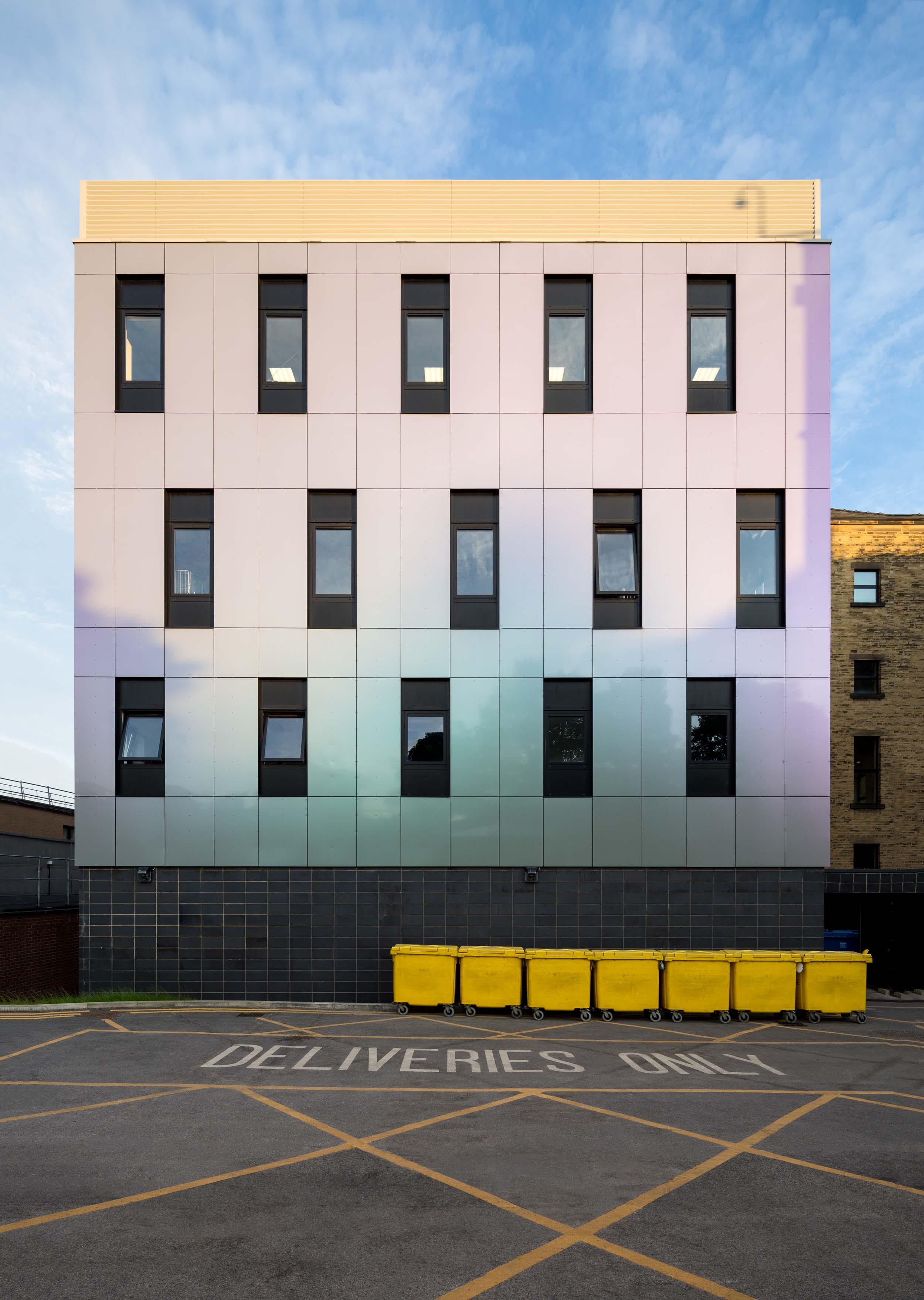 bradford royal infirmary endoscopy unit exterior.jpg