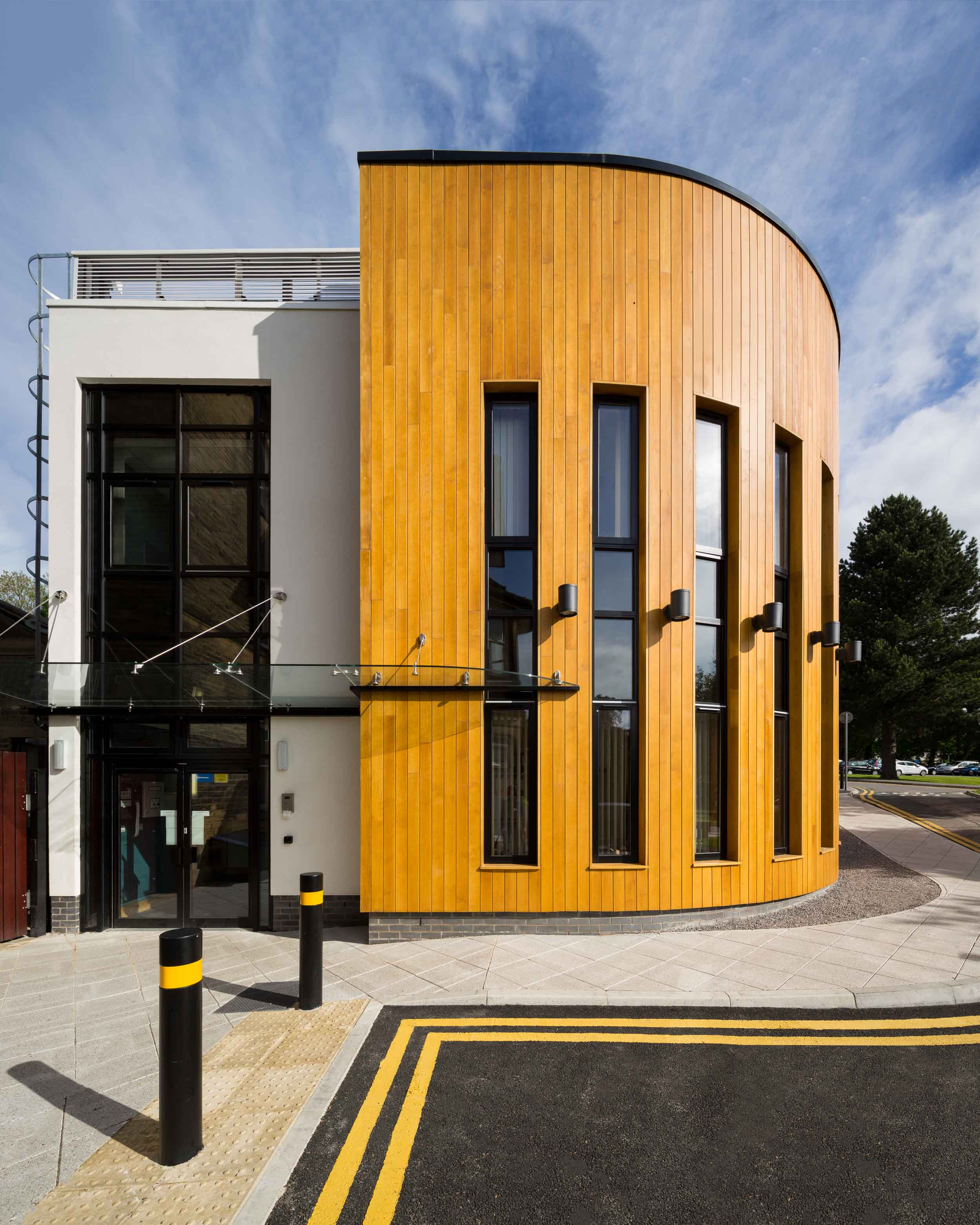 bradford royal infirmary temple bank house new building exterior.jpg