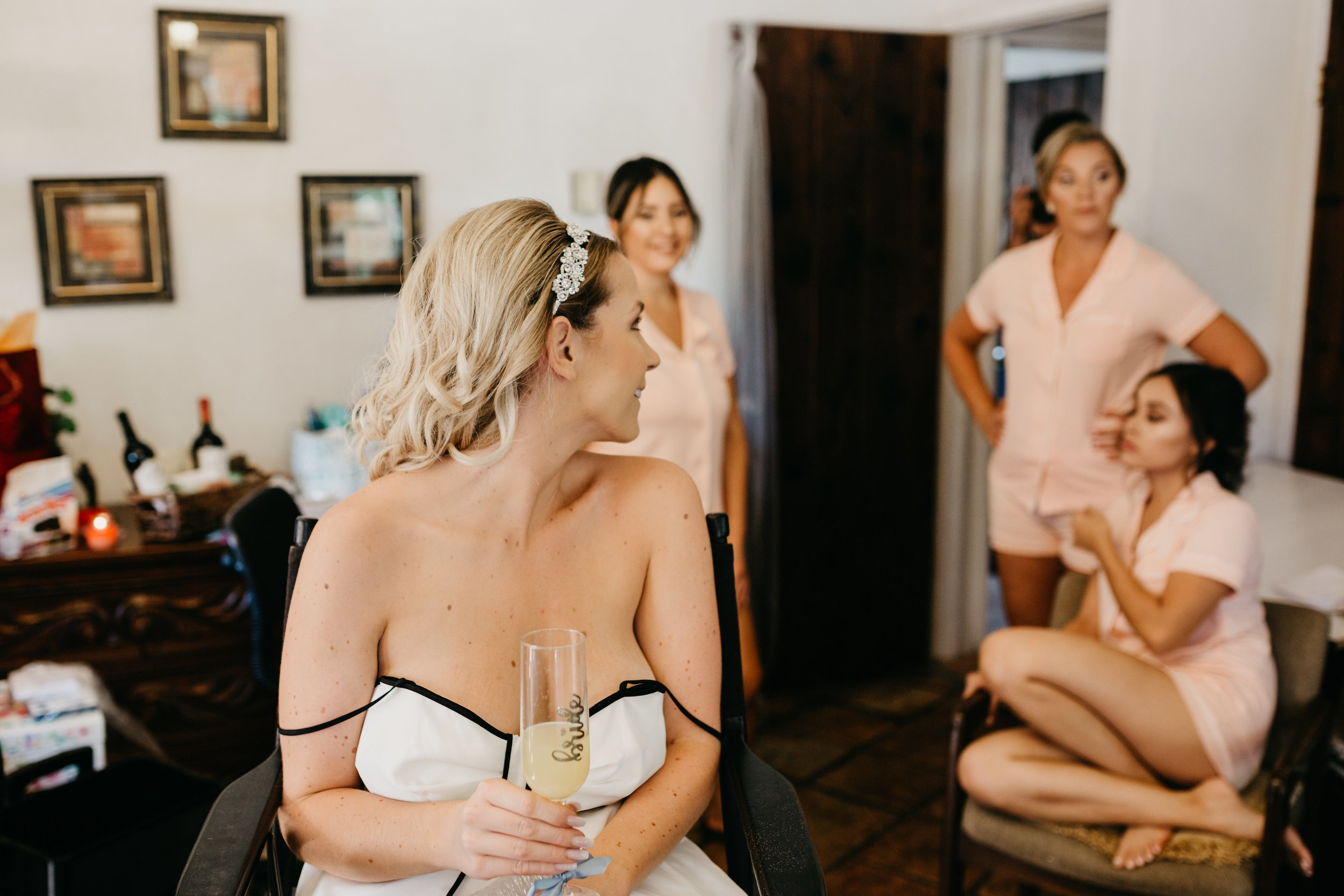 DianaLakePhoto-L+M-San-Diego-Wedding-Getting-Ready18.jpg