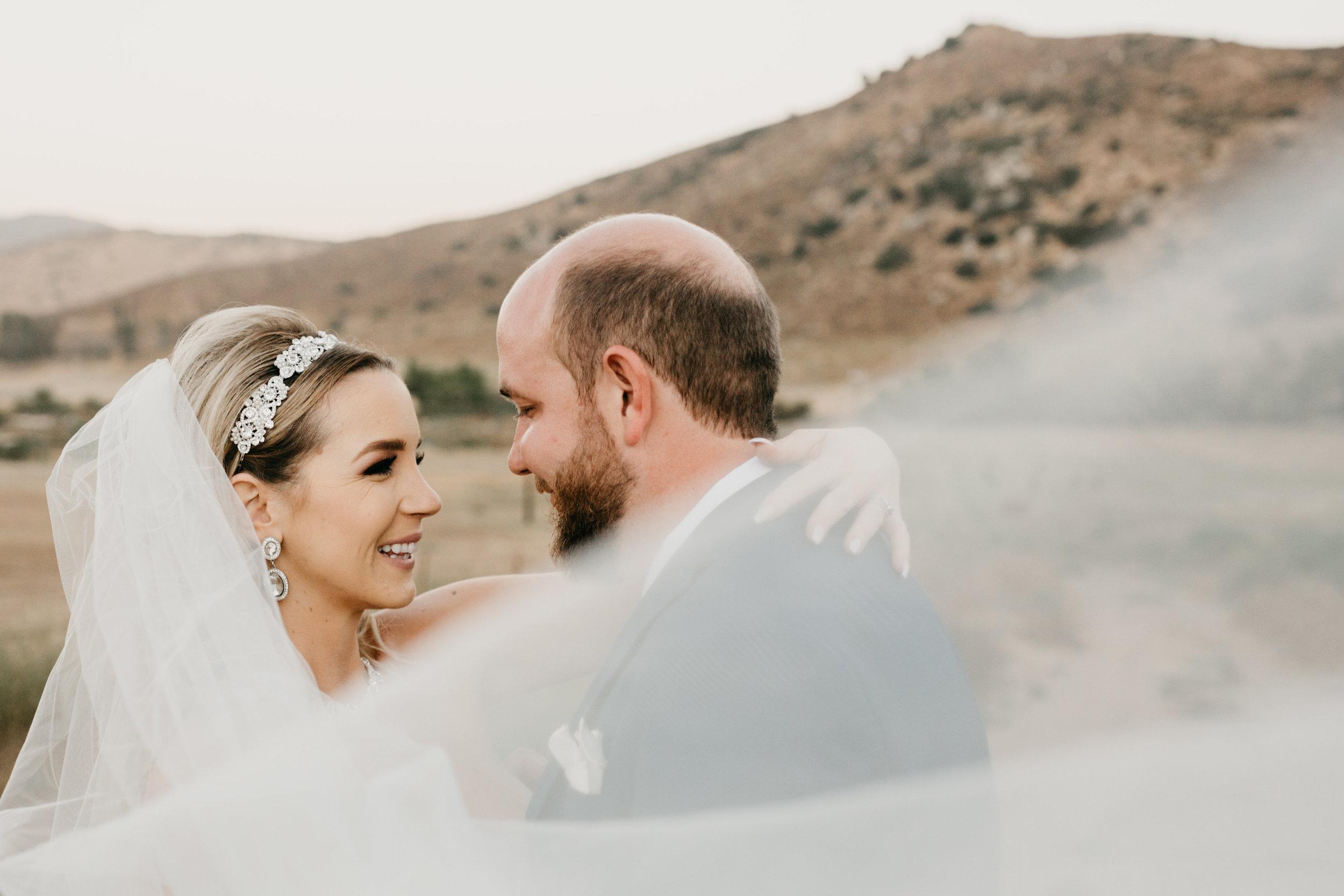 DianaLakePhoto-L+M-San-Diego-Wedding-Mr&Mrs103.jpg