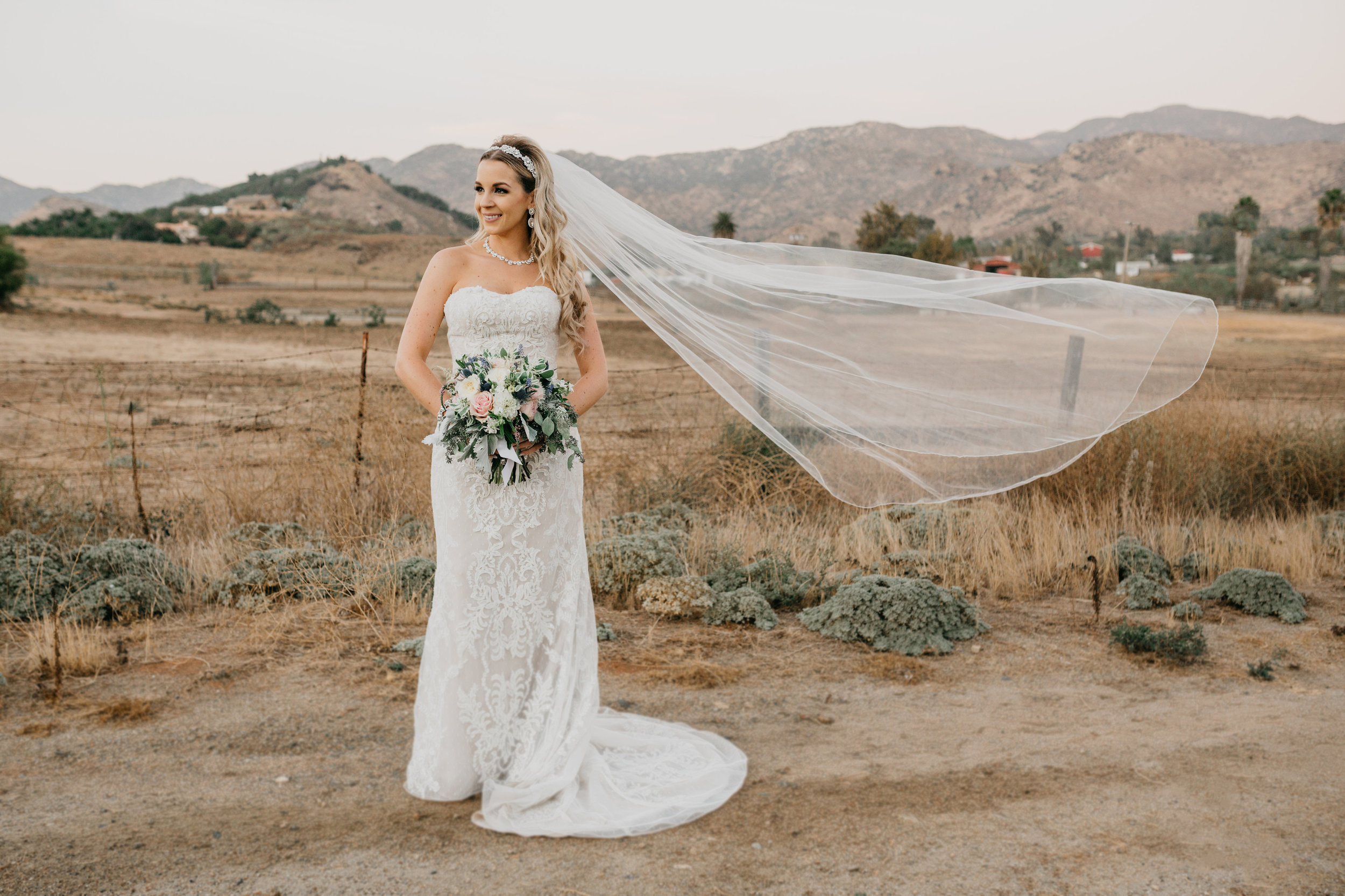 DianaLakePhoto-L+M-San-Diego-Wedding-Mr&Mrs135.jpg