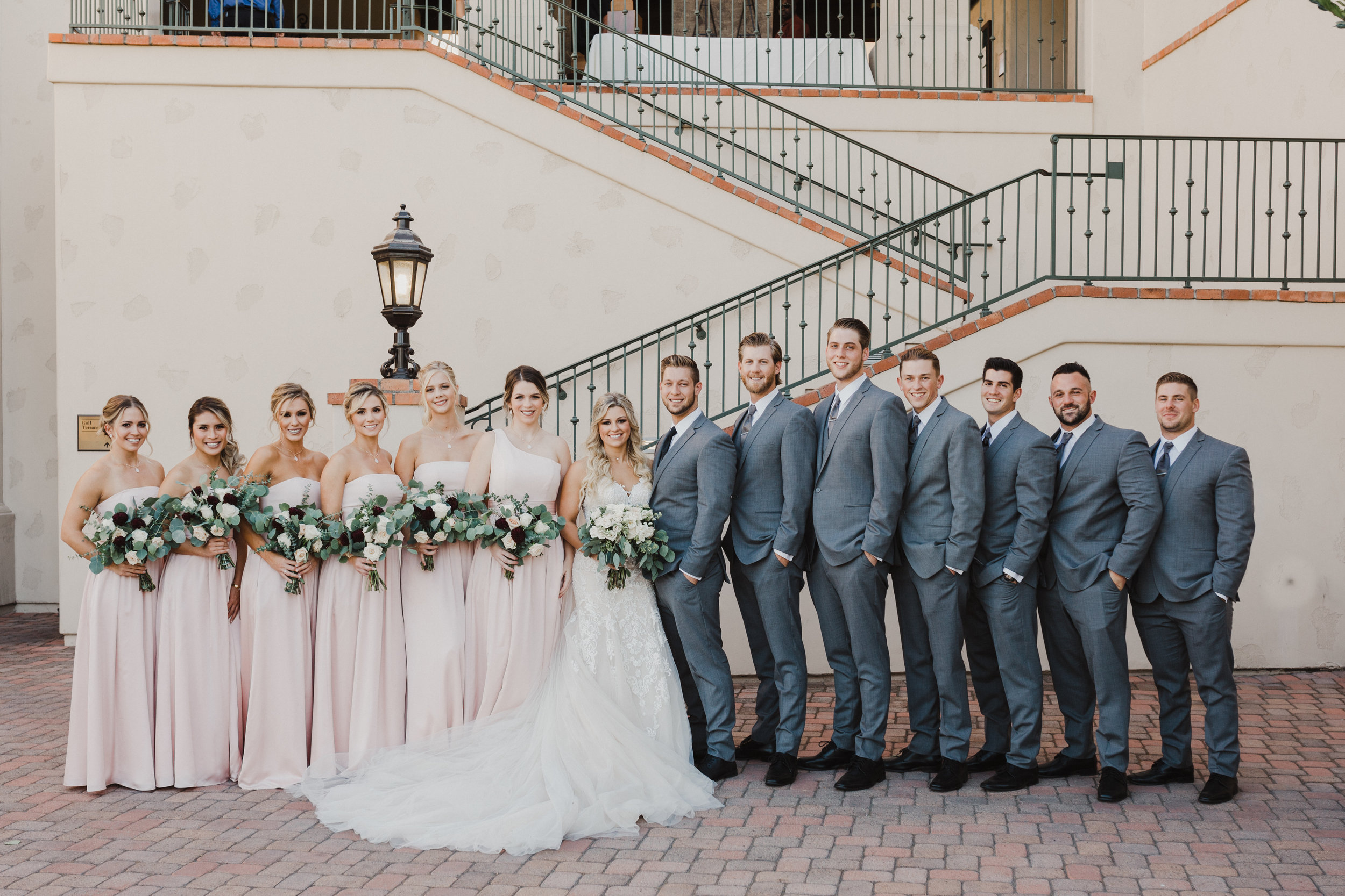DianaLakePhoto-A+C-Wedding-BridalParty_01.jpg