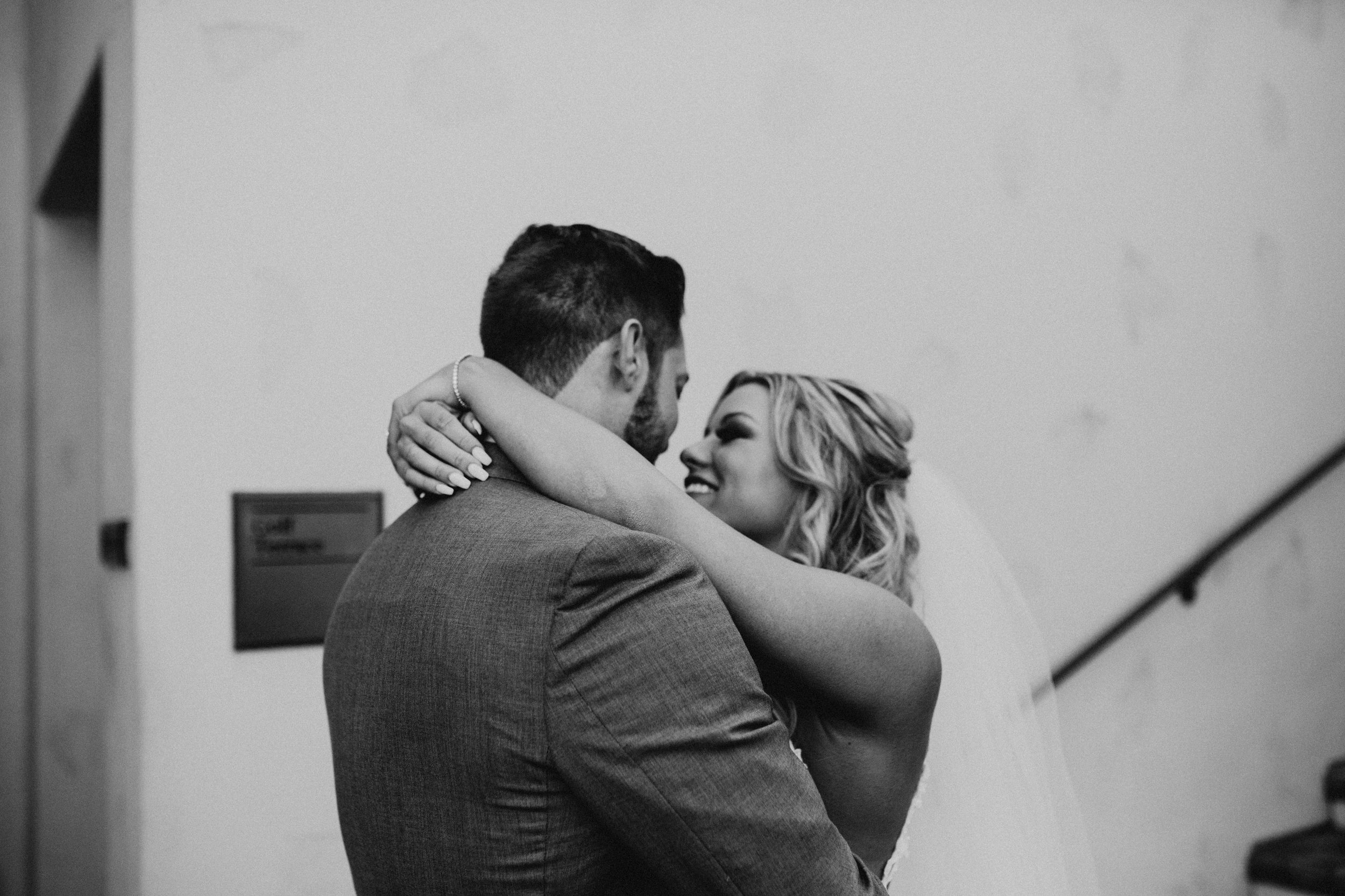 DianaLakePhoto-A+C-Wedding-FirstLook_22.jpg