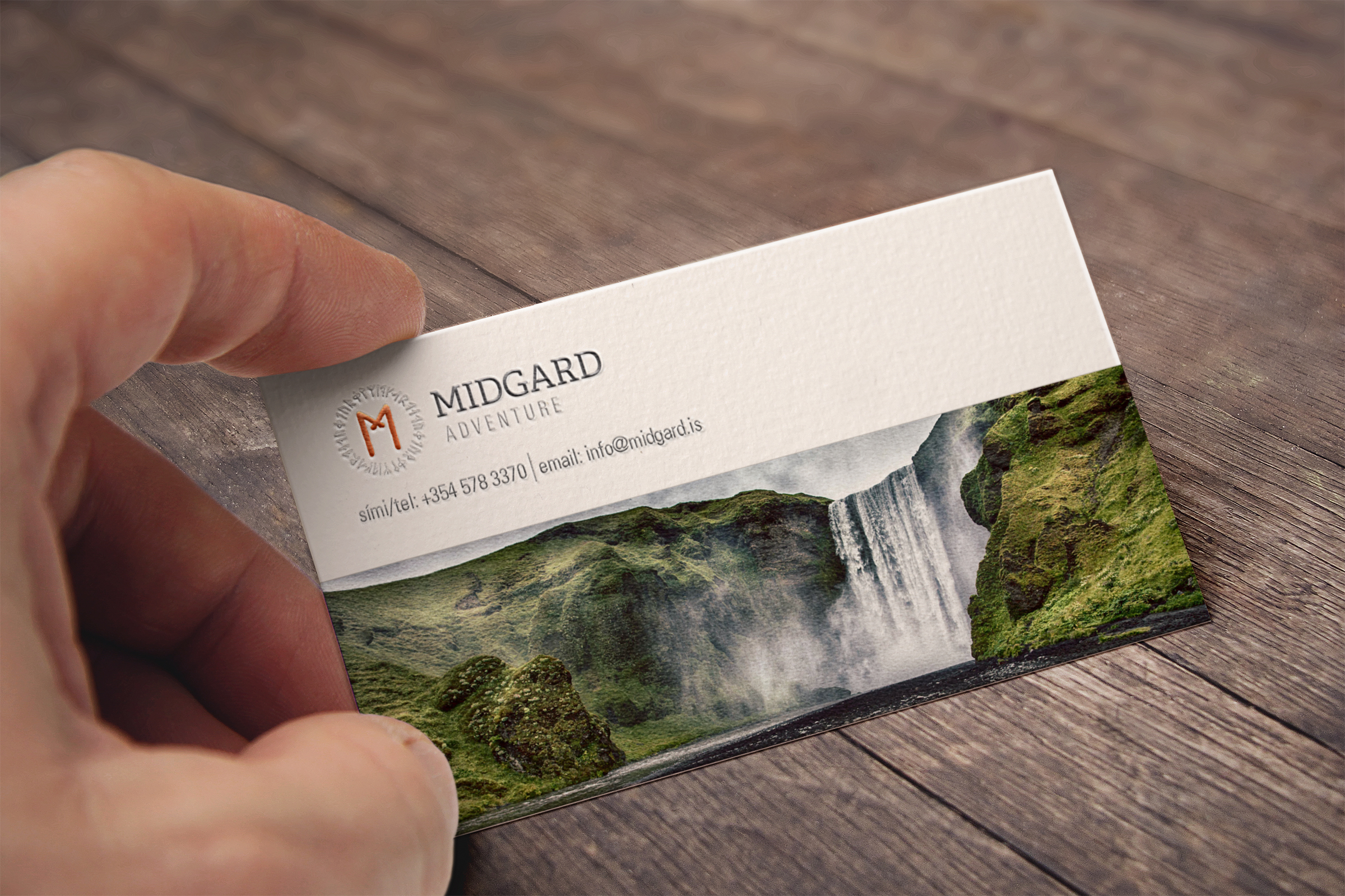 Embossed Business Card MockUp.jpg