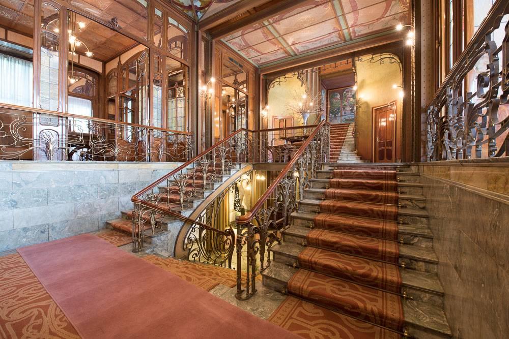 L'hotel Solvay a visiter pour sa grande splendeur et leurs magnifiques vitraux.