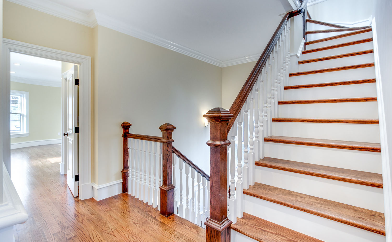 23_Upstairs-Hall-Staircase.jpg