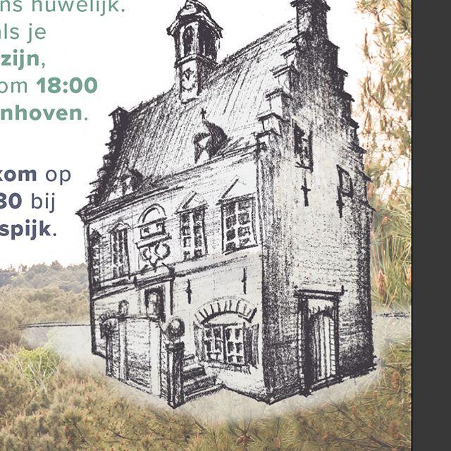 Zo doen we dat. Google Streetview en wat ansichtkaarten van de Historische Vereniging erbij en tekenen maar. Het was te donker om naar het #stadhuis toe te gaan. Maar ouwe gebouwen tekenen is voor herhaling vatbaar.  Deze gedetailleerde versie komt trouwens op de kaart van Tedo en Linda. Liggen voor die brievenbus!