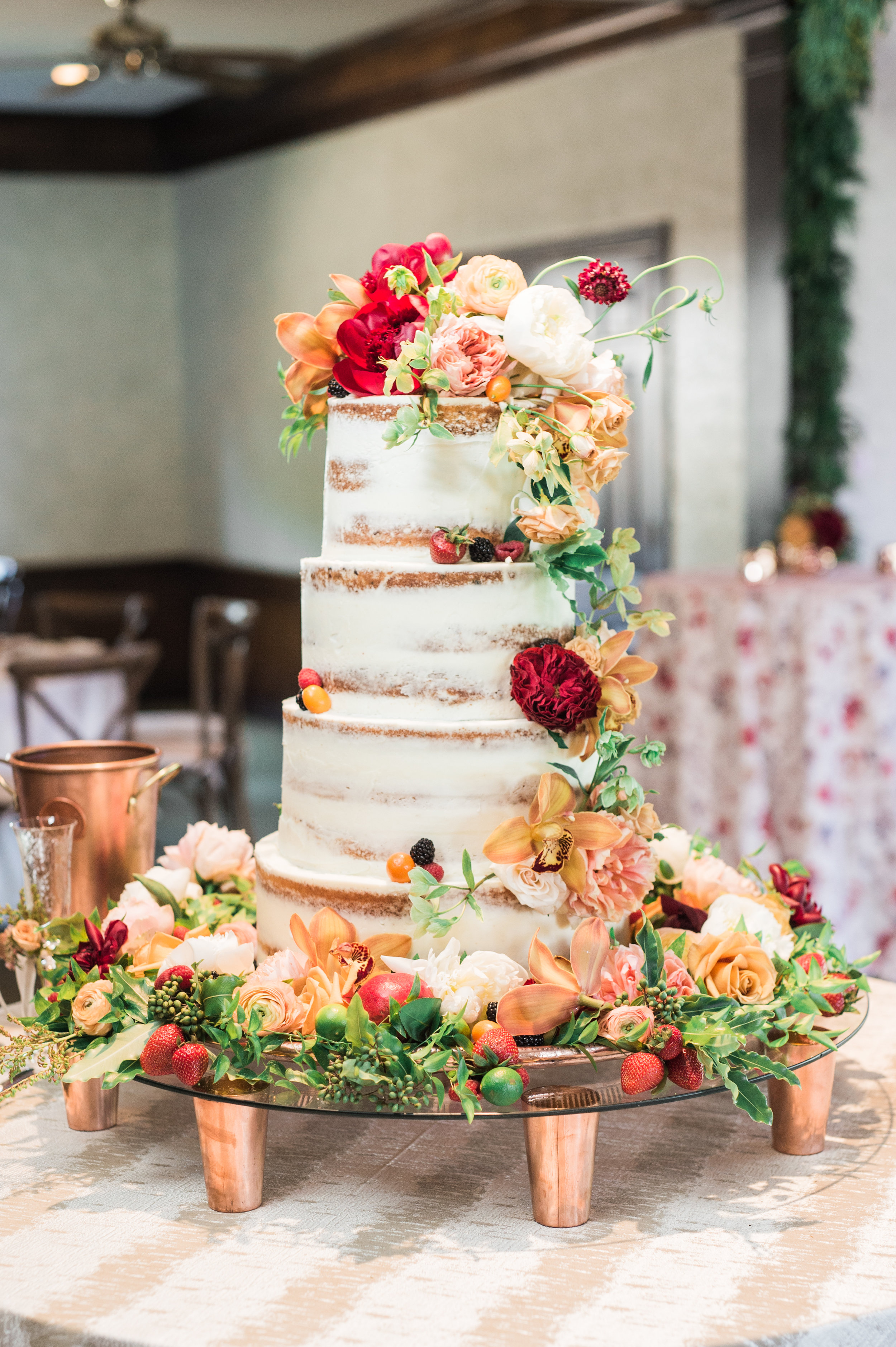 naked cake and floral design by Amarillo wedding coordinator and floral designer Parie Designs