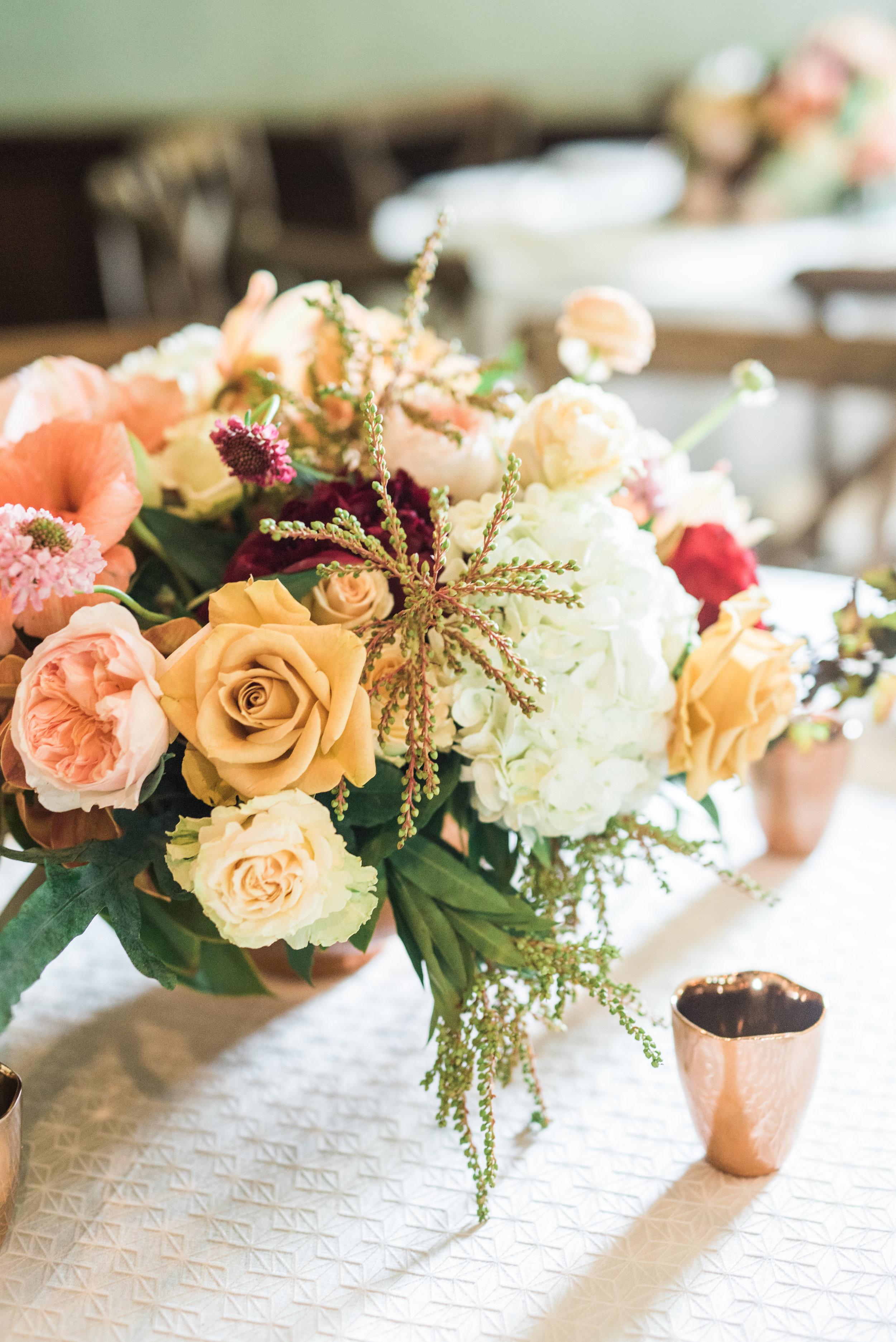 Parie Designs, Floral arrangements, floral centerpieces, Amarillo wedding design and coordination