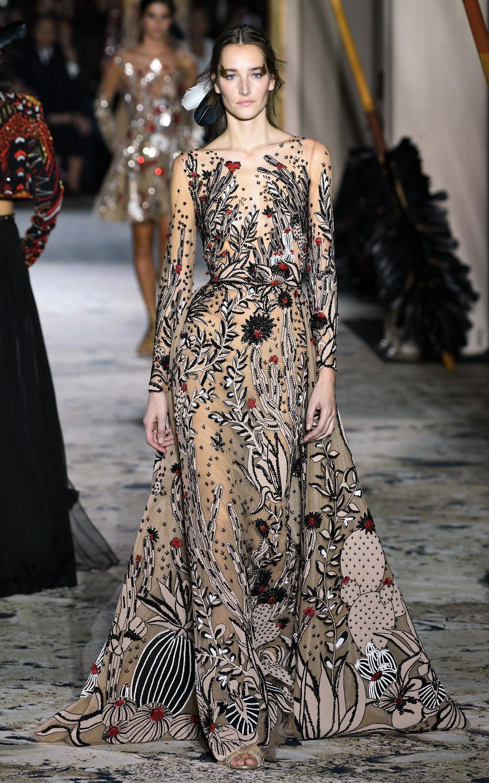 Paris Haute Couture SS 2018 Zuhair Murad 6.JPG