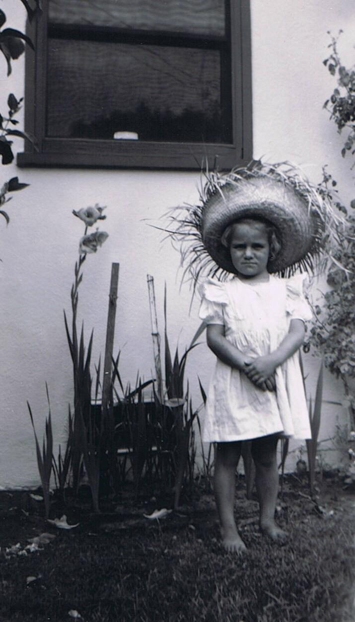 gladiolus portrait.jpg