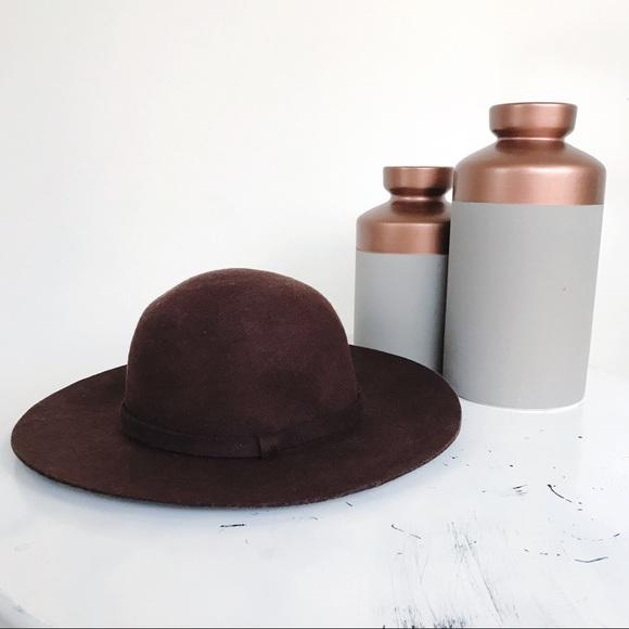 brown hat.jpg