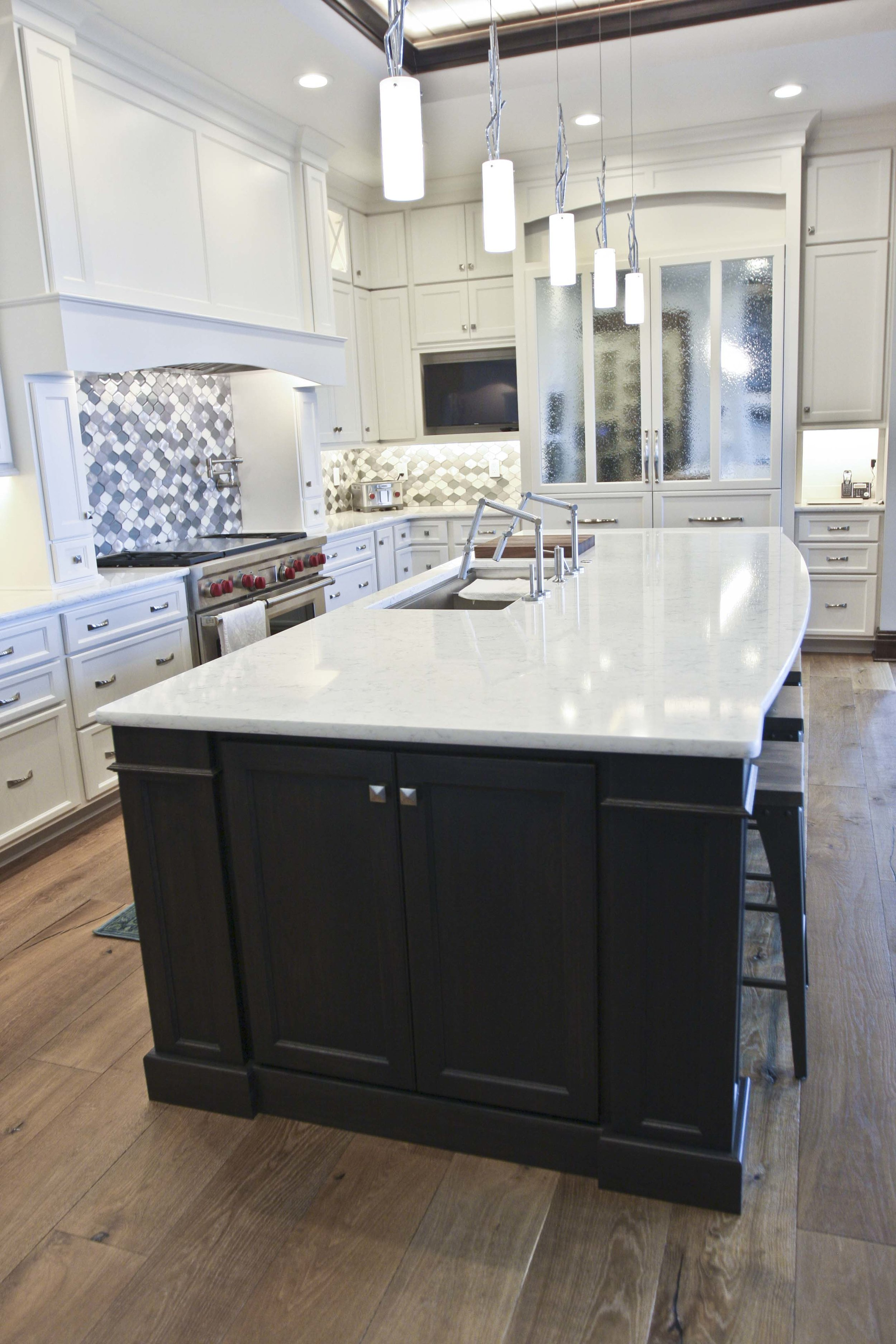 Quartz countertops throughout