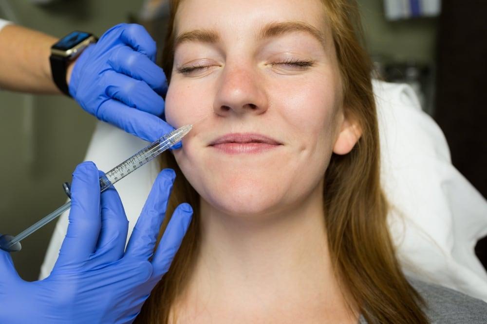 7 Easy Ways to Avoid Bruises From Botox or Dermal Fillers