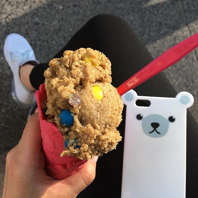 Enjoying an icecream that doesn't melt on a 90+ degree day 🍪+🍦= 😍 . . . . . #anicase #iphonecase #iphone7 #polarbear #picoftheday #thursdays #almostweekend #instaicecream #cookiedough #🍦#🍪 #cookiedoughicecream #dō #cookieDOnyc #nomnom #nyceats #justdōit #vapormax #hellosummer #eeeeeats