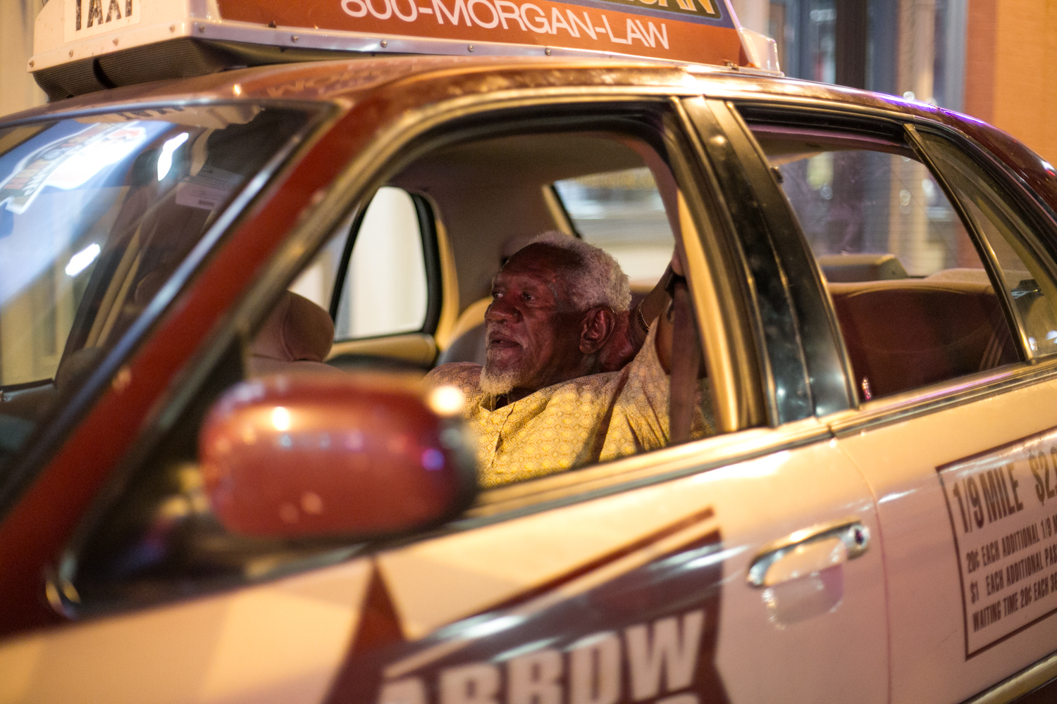 A slow night for a Memphis cab driver of 37 years.