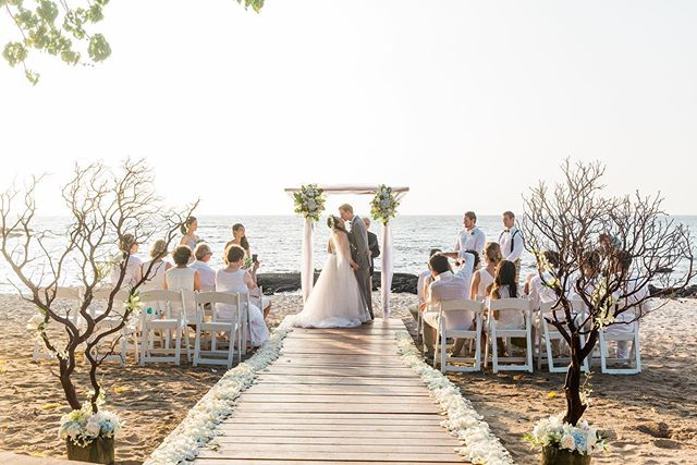 Get married in a place you'll never forget! @fairmontorchidweddings @fairmontorchid
