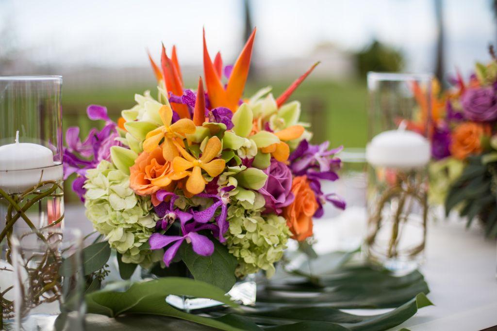 coral weddings - Hawaiian flowers 01.jpg