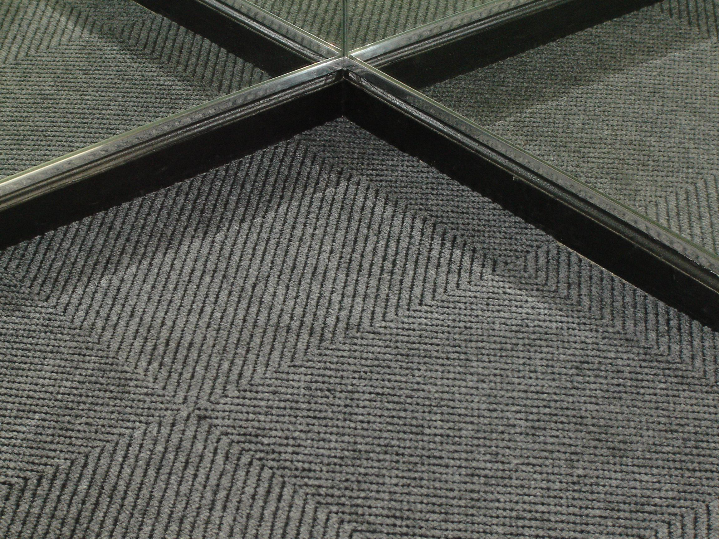 carpet_tile.jpg
