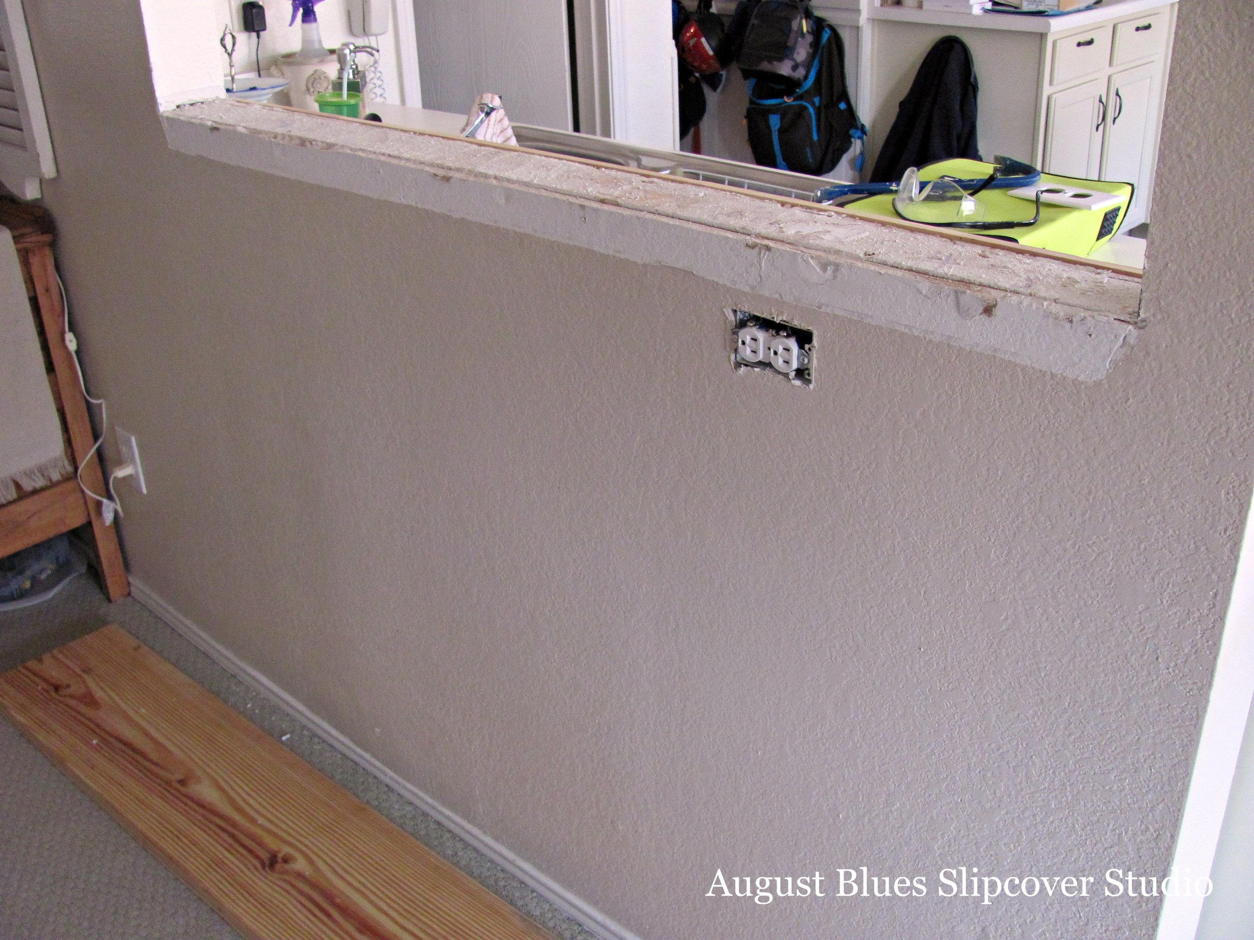 August Blues - Breakfast Bar Before
