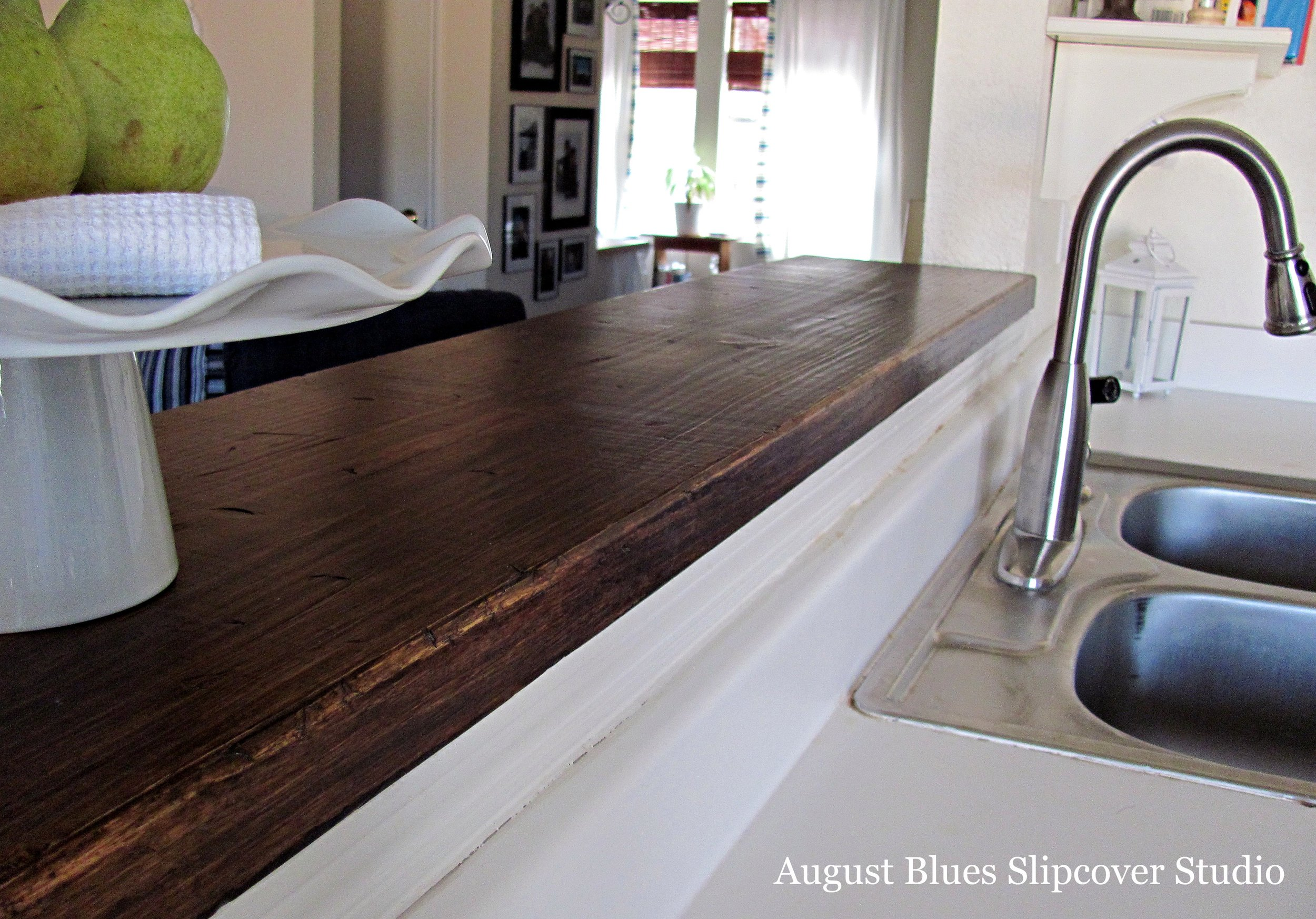 August Blues - Breakfast Bar Countertop