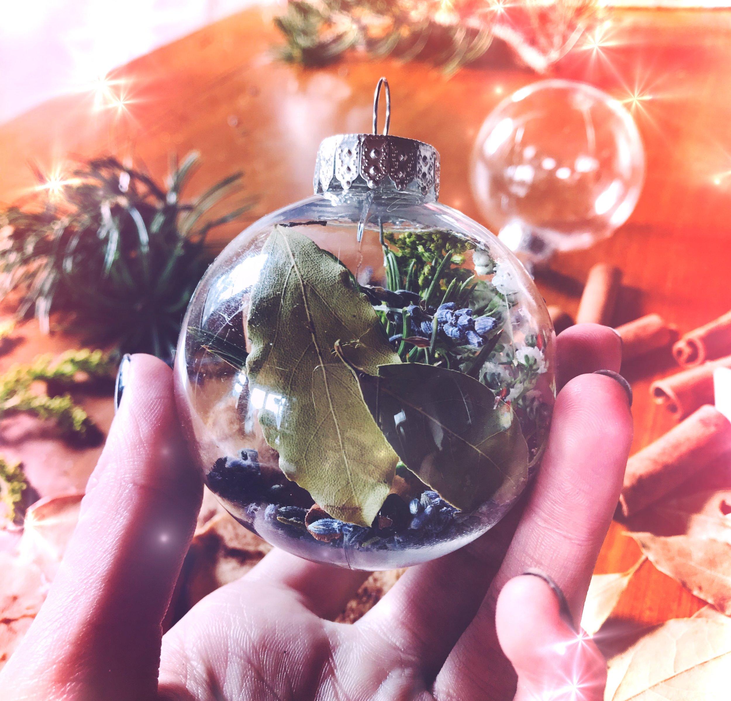 Creating a witches Bauble Bottle Ornament for Christas | spirit de la Lune