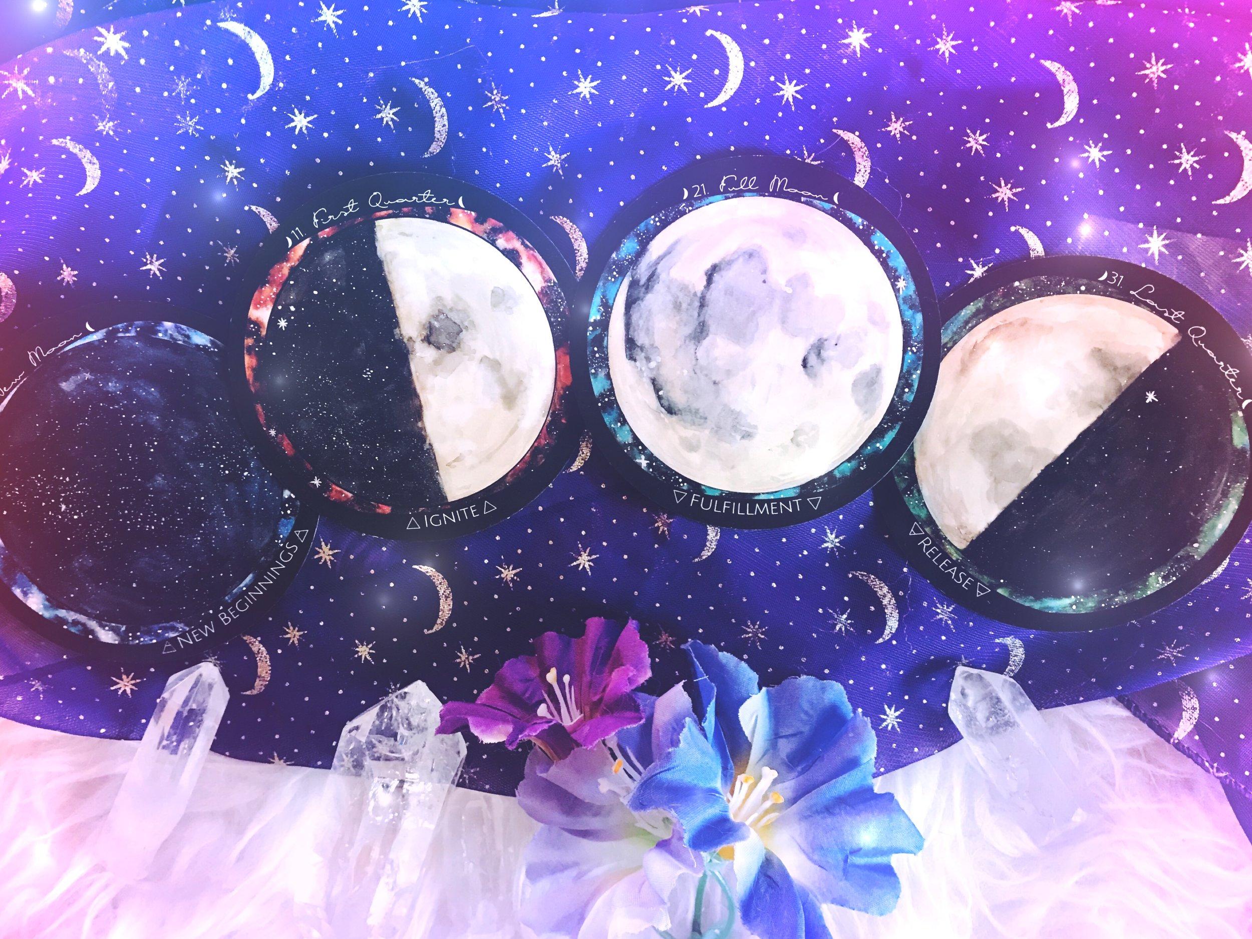 Four Major Moon Cycles Spirit de la Lune | New Moon energy report