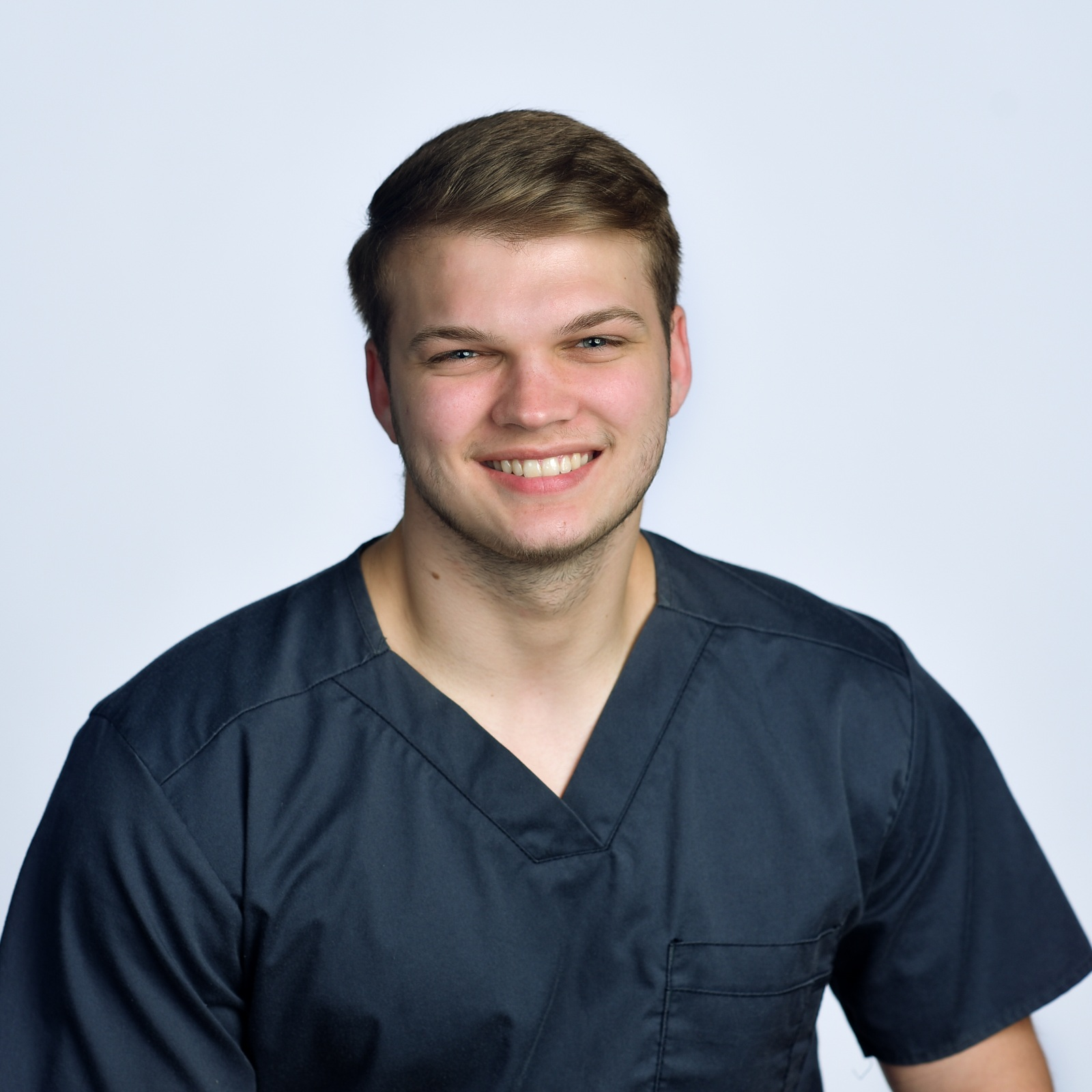 Garrett Sisson - LMT/NMT ALABAMA LICENSE #5264Garret Sisson graduated from Wallace State in 2019 in Therapeutic Massage and received his Alabama State License. He is trained in Swedish massage, deep tissue, sports, stretching, and pregnancy massage. He is dedicated to help anyone to promote healthy lifestyle through therapeutic massage.