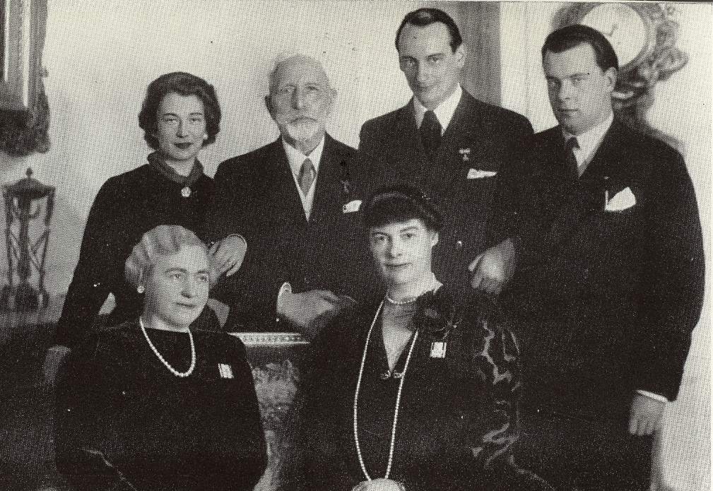 Newlyweds Grand Duchess Kira of Russia and her husband Prince Louis Ferdinand of Prussia (future Head of the Prussian Royal House) visit the exiled German Emperor William II at Doorn.  Back row: Kira, the Kaiser, Louis Ferdinand, and Kira's brother's Wladimir.  From row: Empress Hermine and German Crown Princess Cecilie.