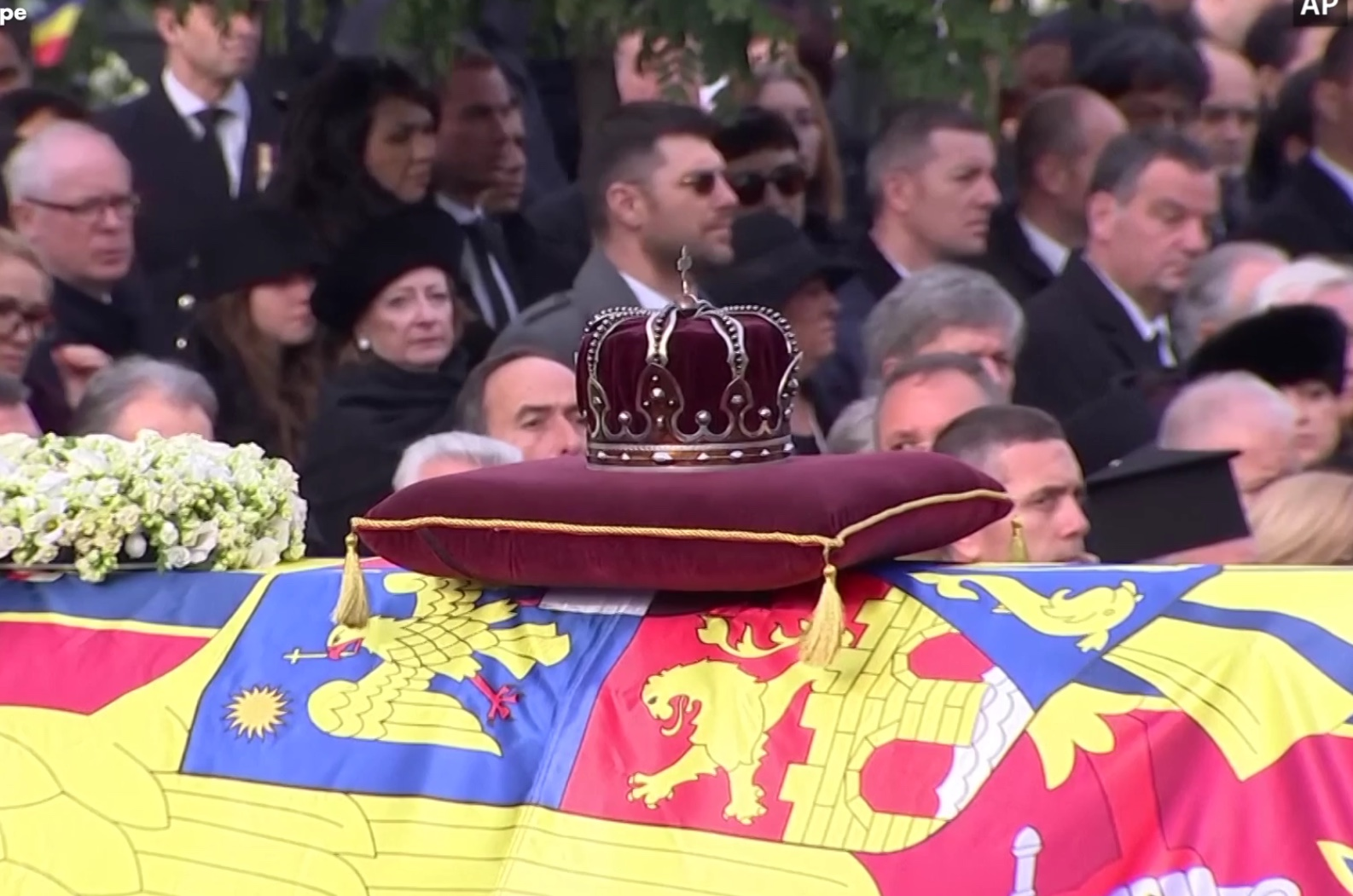"""The """"Steel Crown"""" of the King of Romania rests upon the catafalque during the funeral ceremonies in Bucharest."""