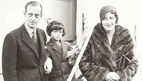 Grand Duke Dmitri with his son, HSH Prince Paul Romanovsky-Ilyinsky, and his wife, Princess Anna Romanovsky-Ilyinsky (née Audrey Emery)