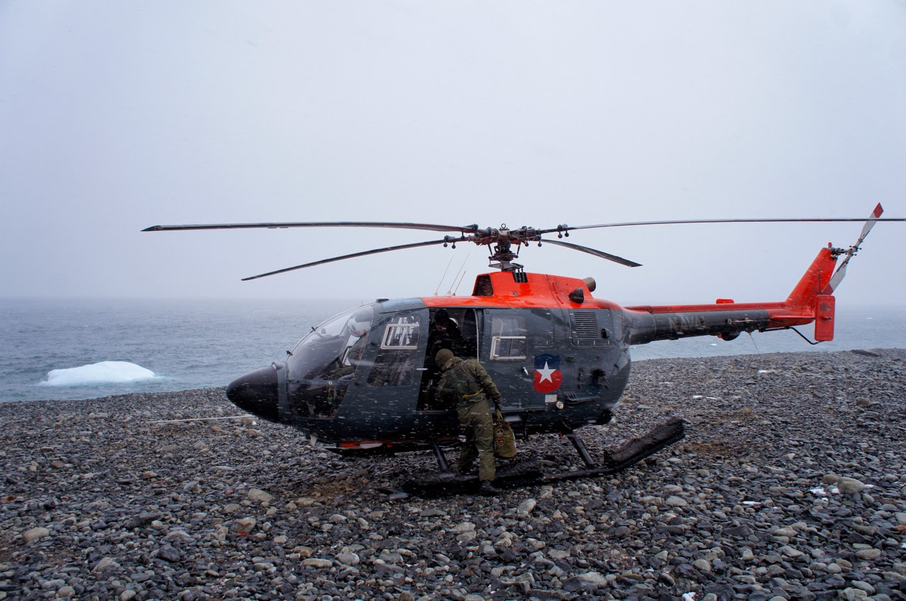 Helicopter on Pinnero Island